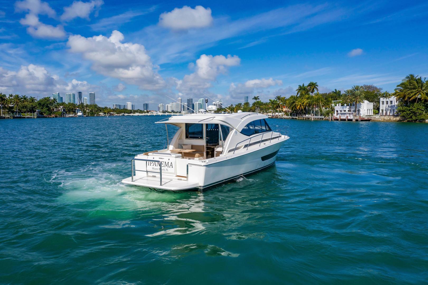 Riviera-395 SUV 2019-Ipanema Miami Beach-Florida-United States-1614871   Thumbnail