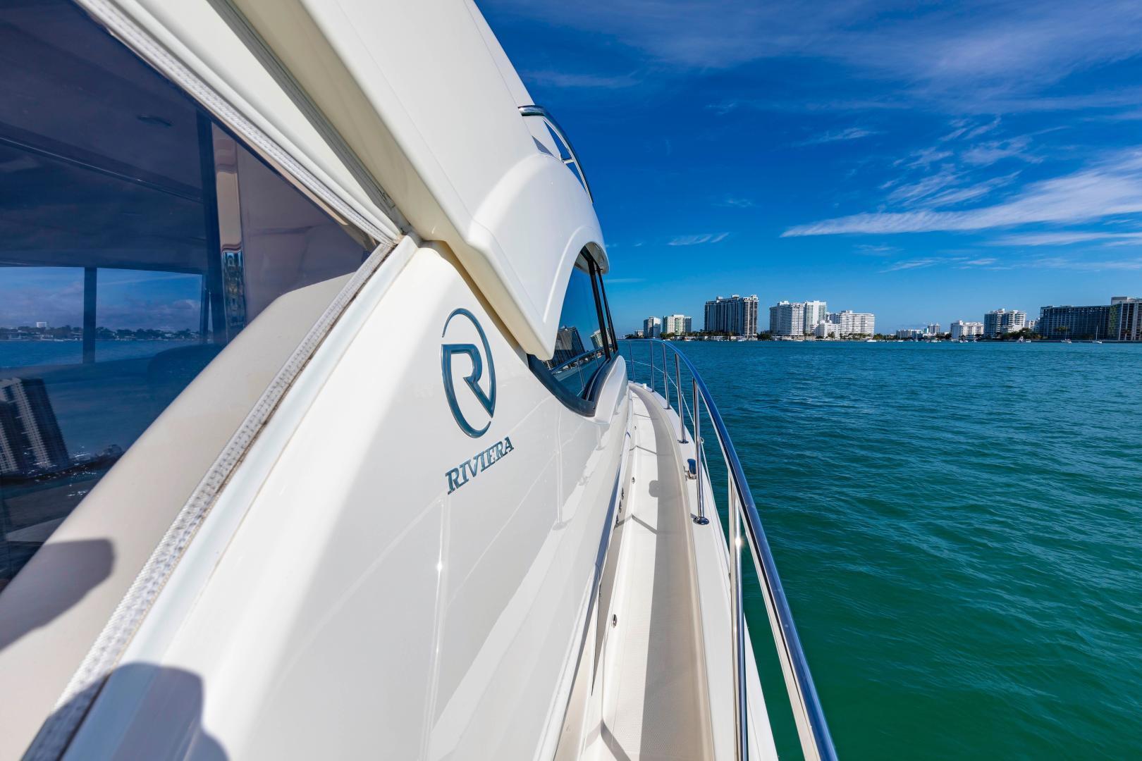 Riviera-395 SUV 2019-Ipanema Miami Beach-Florida-United States-1614880   Thumbnail