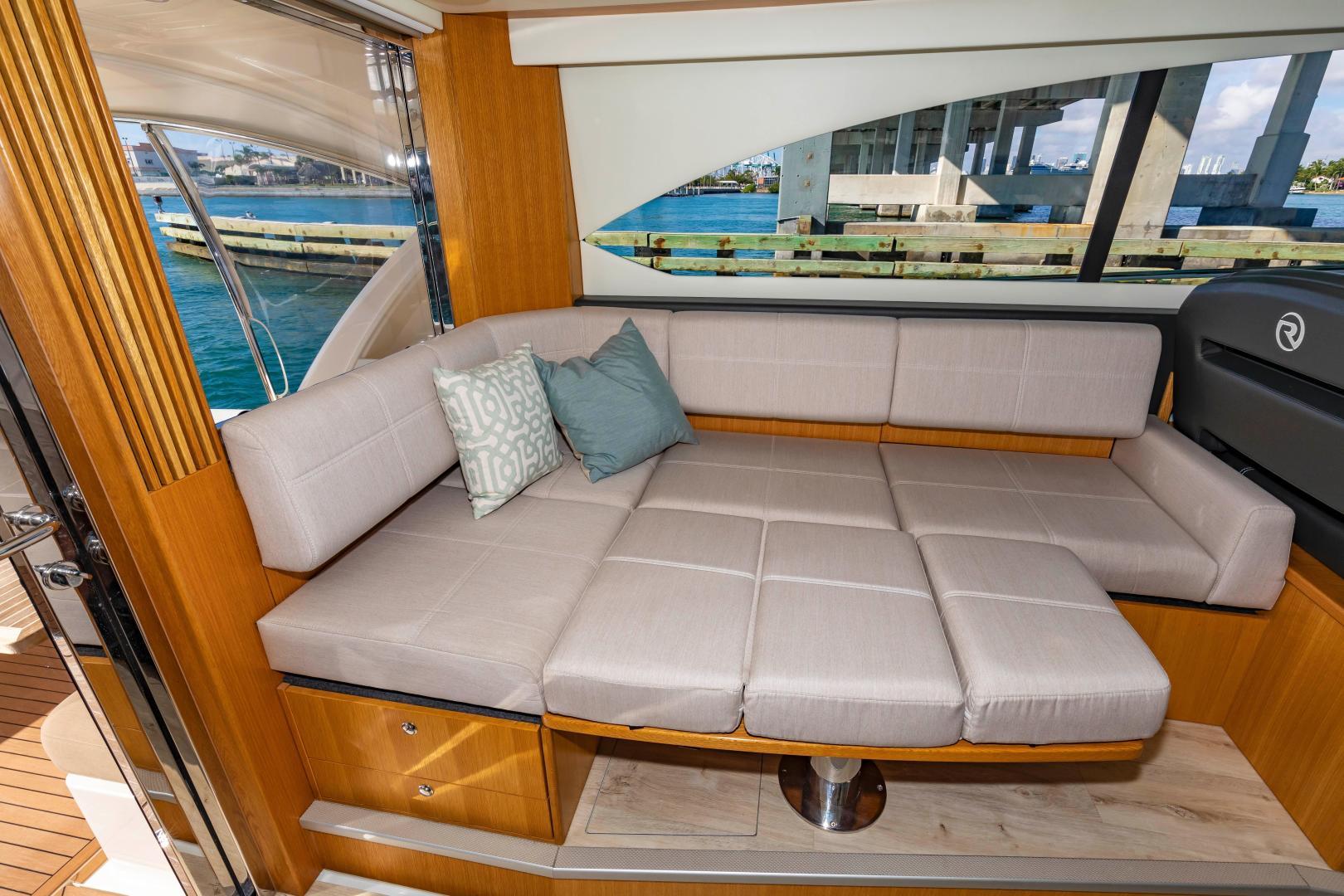 Riviera-395 SUV 2019-Ipanema Miami Beach-Florida-United States-1614902   Thumbnail