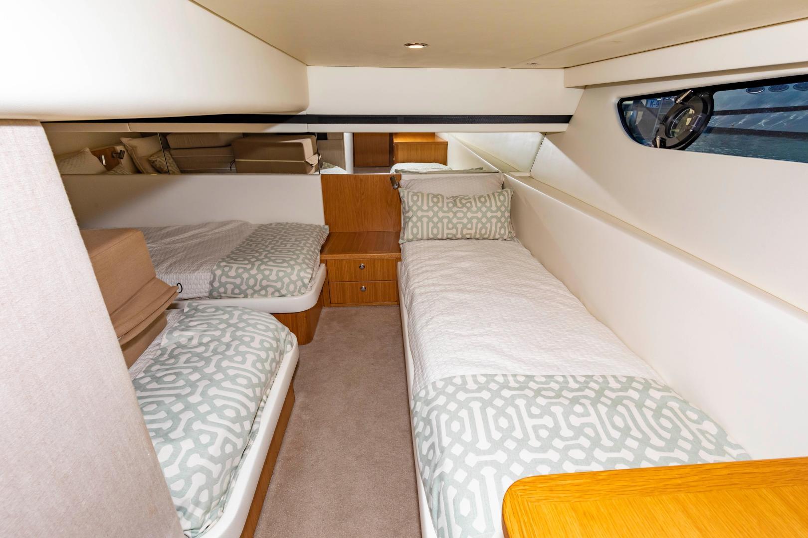 Riviera-395 SUV 2019-Ipanema Miami Beach-Florida-United States-1614915   Thumbnail