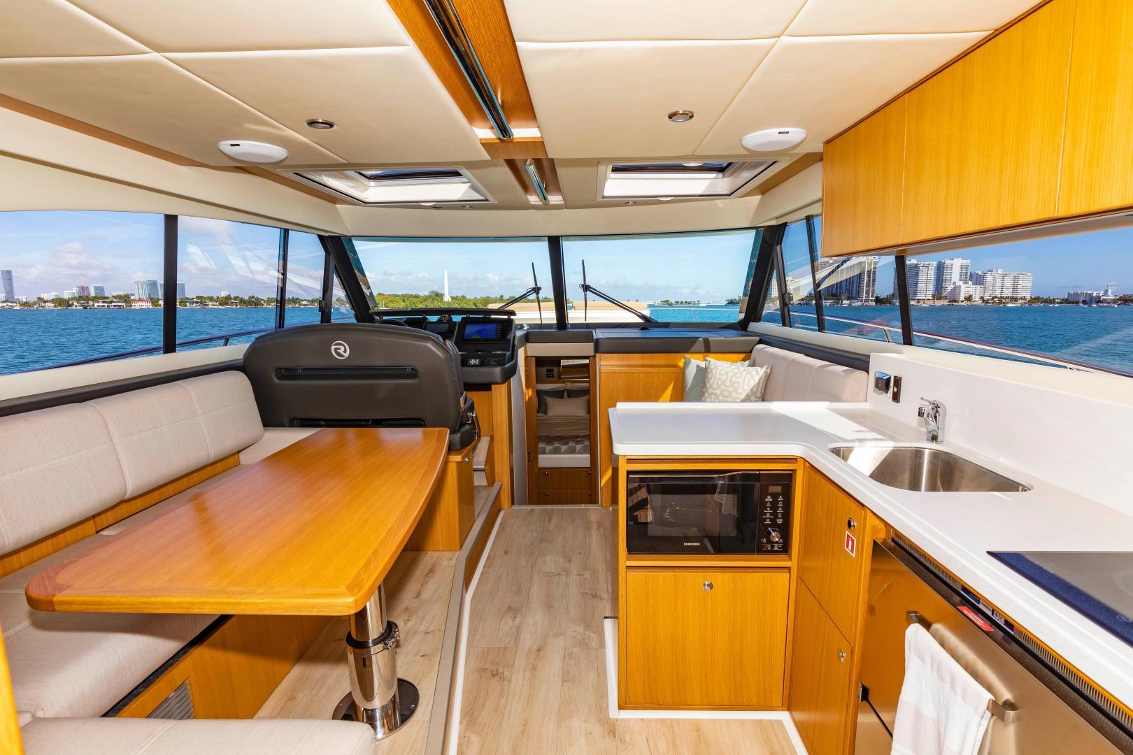 Riviera-395 SUV 2019-Ipanema Miami Beach-Florida-United States-1614896   Thumbnail