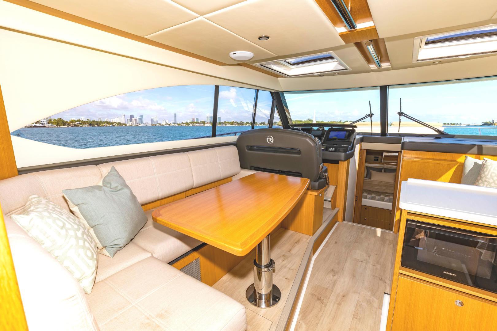 Riviera-395 SUV 2019-Ipanema Miami Beach-Florida-United States-1614897   Thumbnail