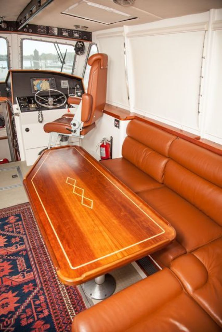 New England Boatworks-Hood Custom Expedition 1998-STARLIGHT Portsmouth-Rhode Island-United States-Pilothouse Dining Area-1627064 | Thumbnail