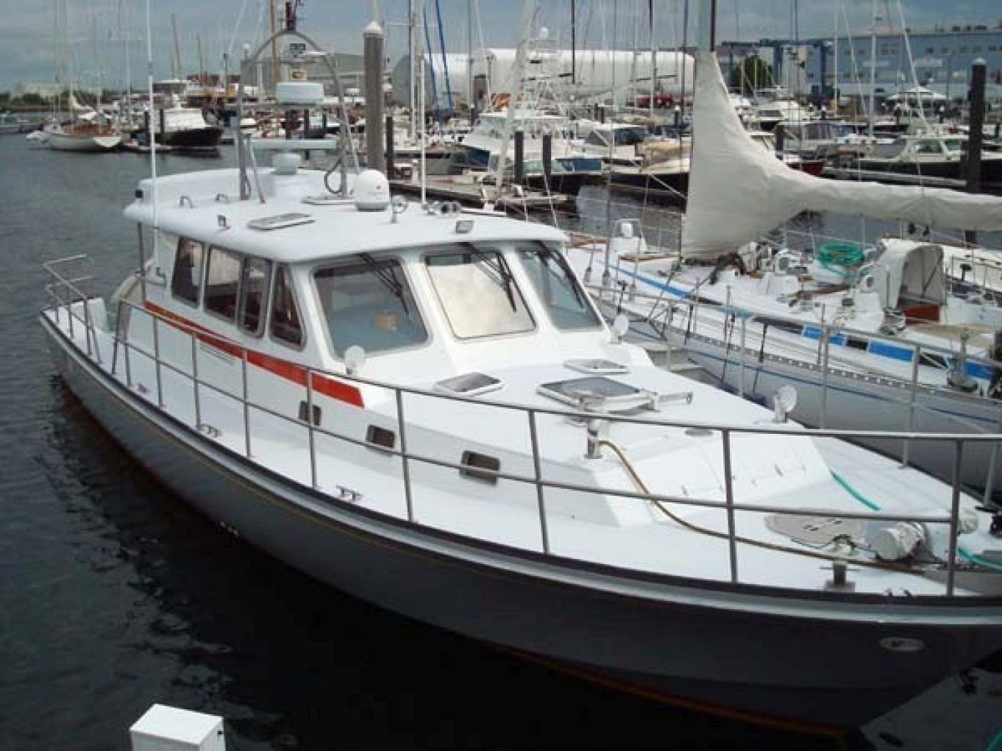 New England Boatworks-Hood Custom Expedition 1998-STARLIGHT Portsmouth-Rhode Island-United States-Deck-1627041 | Thumbnail