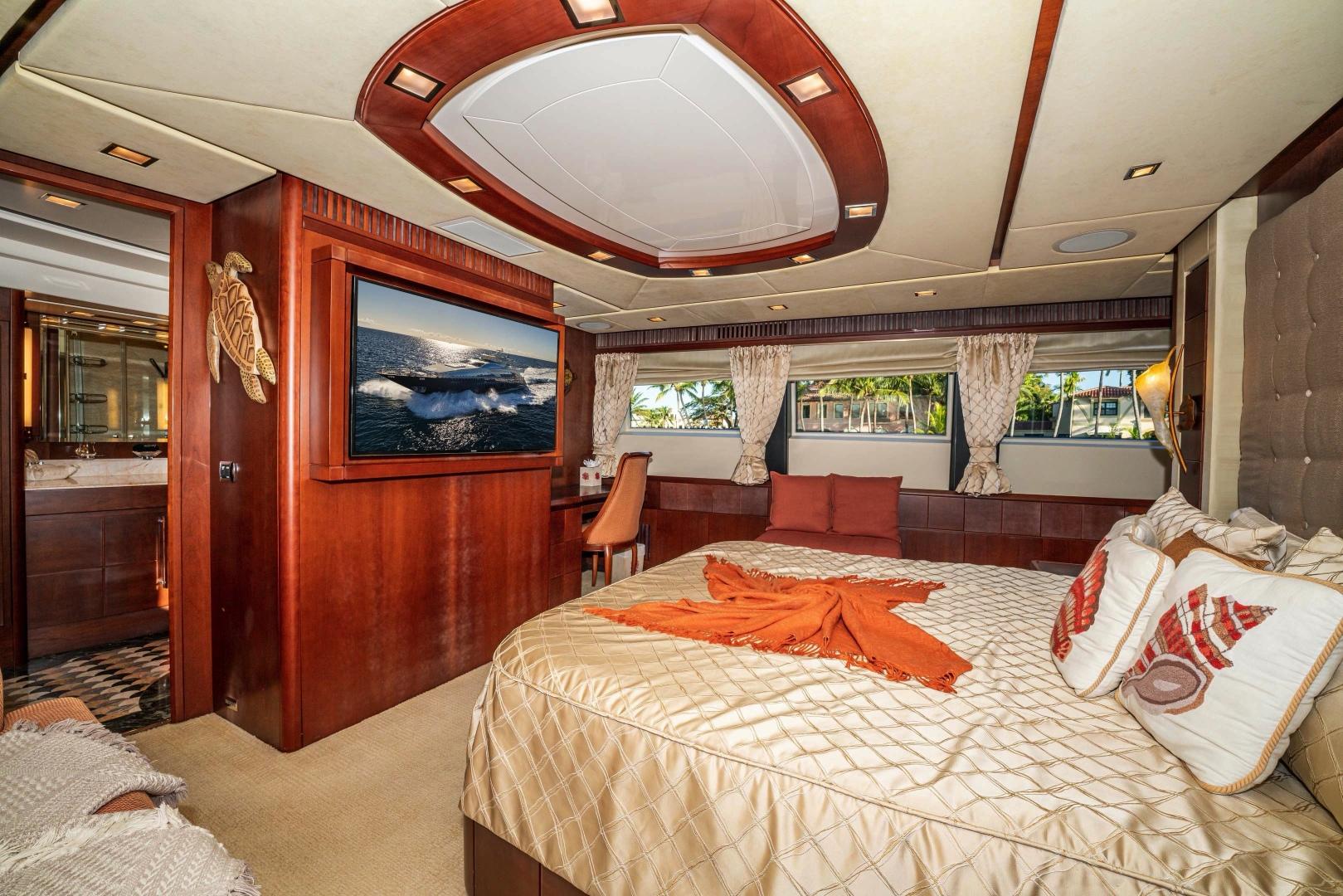 Azimut-2007 2008-VIVERE Palm Beach-Florida-United States-Master Stateroom-1623765   Thumbnail