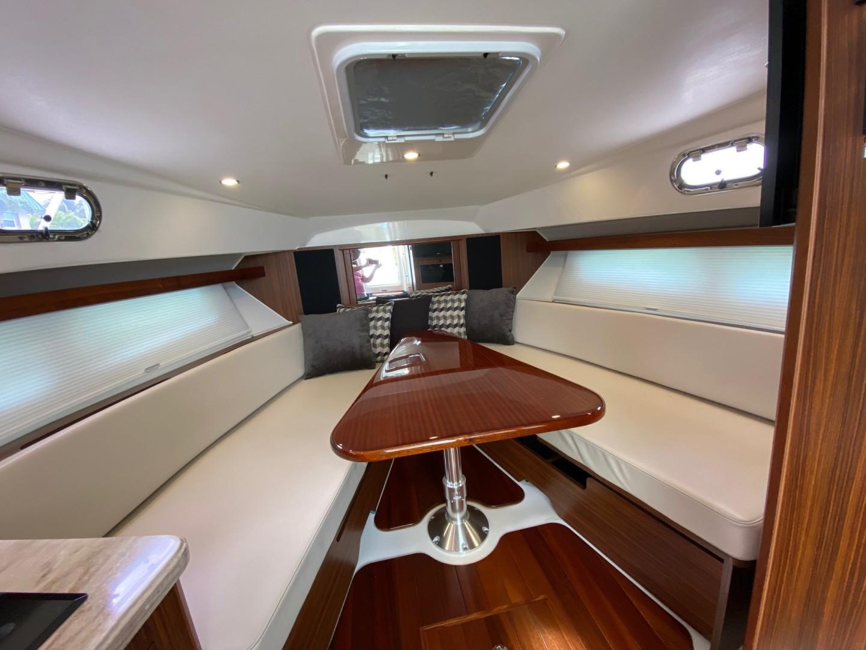 Pursuit-355 Offshore 2000-DUN DOCN Naples-Florida-United States-35 Pursuit Dinette Lounge-1634732 | Thumbnail