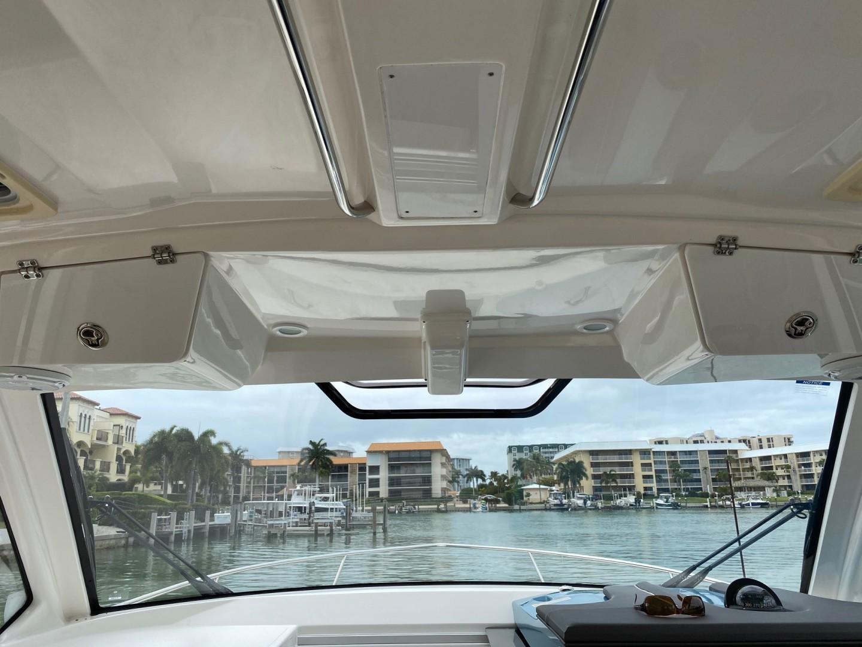 Pursuit-355 Offshore 2000-DUN DOCN Naples-Florida-United States-35 Pursuit Helm View-1634741 | Thumbnail