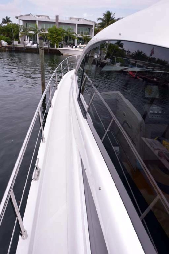 Pershing-62 2007-CHOPIN Lighthouse Point-Florida-United States PORT Side From Aft To Bow-1625697 | Thumbnail