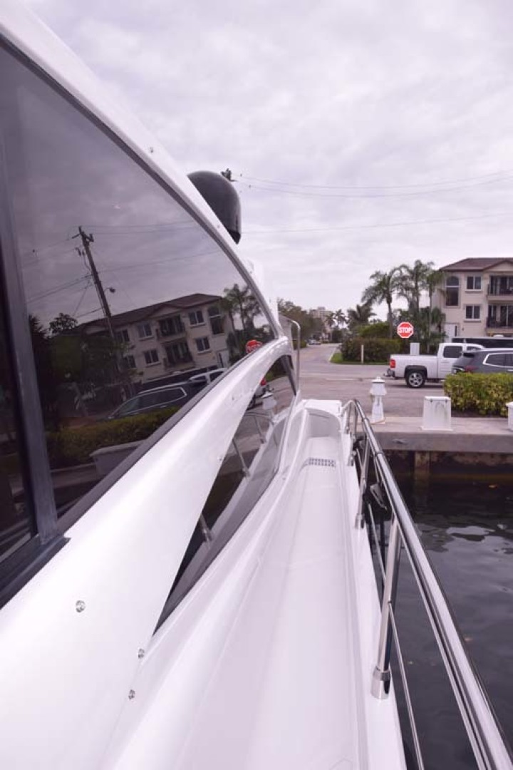 Pershing-62 2007-CHOPIN Lighthouse Point-Florida-United States PORT Side From Bow To Aft Deck-1625698 | Thumbnail