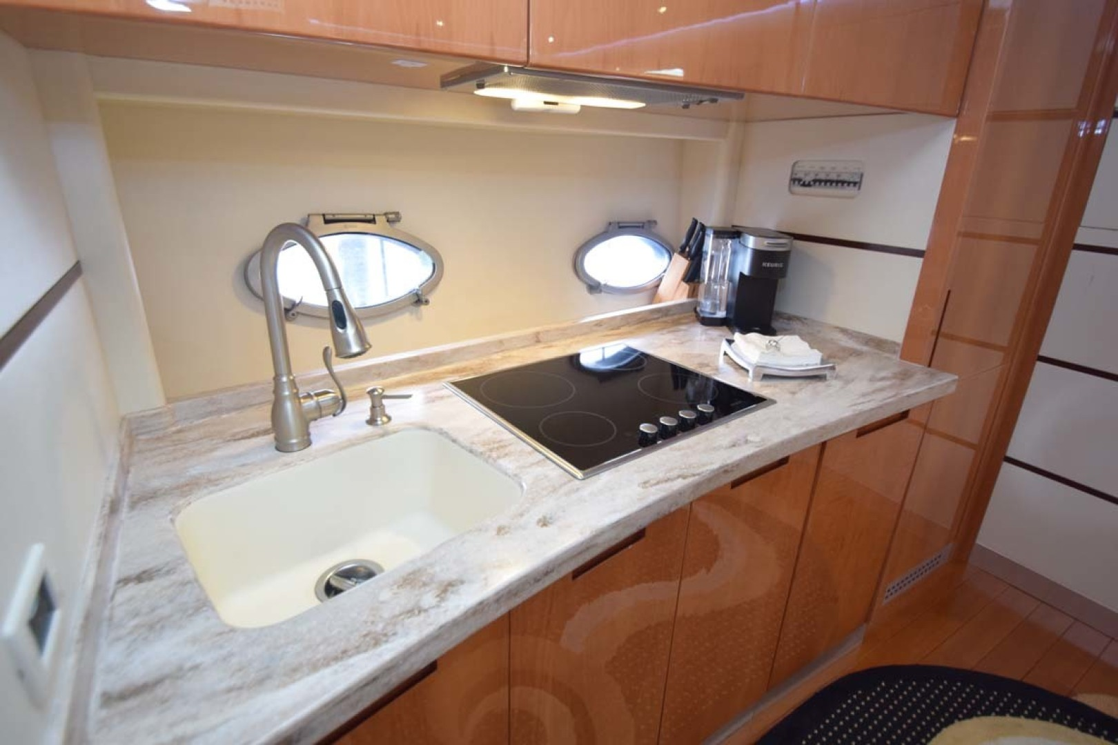 Pershing-62 2007-CHOPIN Lighthouse Point-Florida-United States-Galley Details Cooktop And Sink-1625729 | Thumbnail
