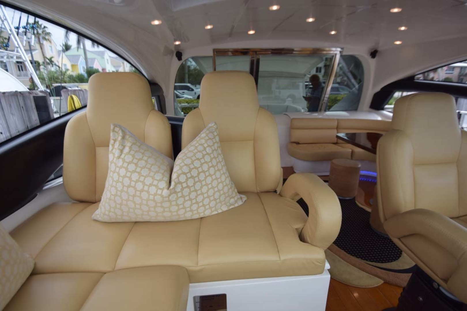 Pershing-62 2007-CHOPIN Lighthouse Point-Florida-United States-Companion Seating At Helm-1625711 | Thumbnail