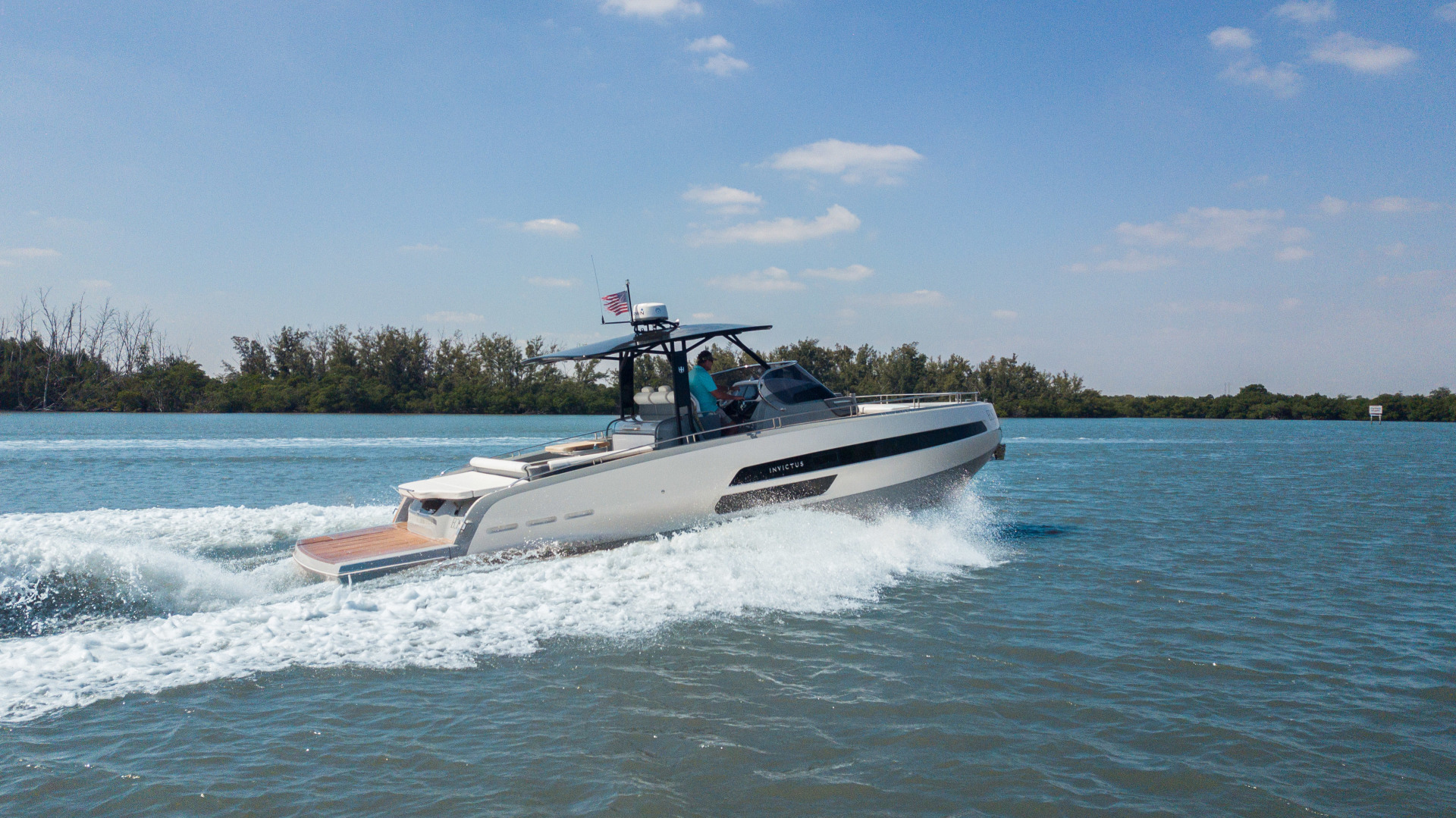 Invictus-370 GT 2018-EOS II Fort Lauderdale-Florida-United States-Starboard Profile-1629994 | Thumbnail