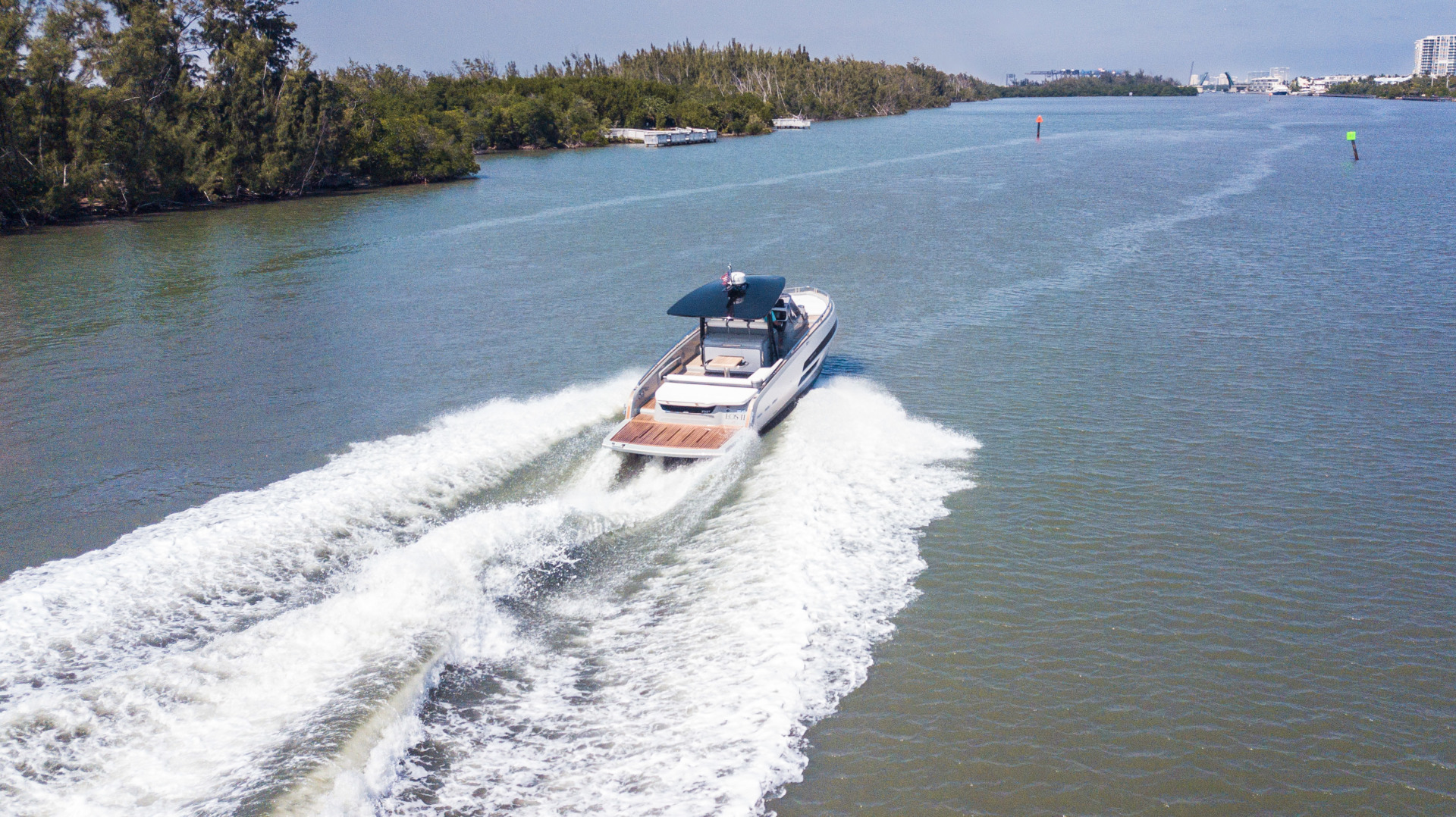 Invictus-370 GT 2018-EOS II Fort Lauderdale-Florida-United States-Arial Profile-1629993 | Thumbnail