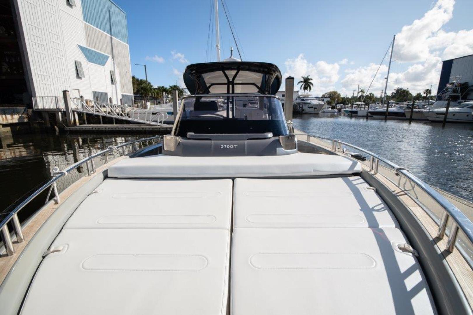 Invictus-370 GT 2018-EOS II Fort Lauderdale-Florida-United States-Sunpad-1624941 | Thumbnail
