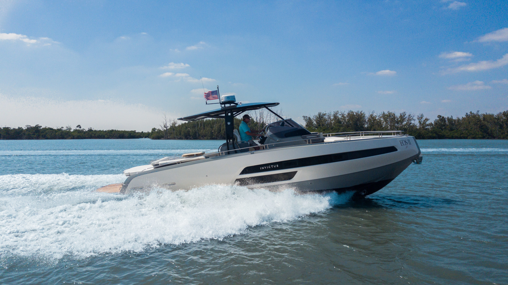 Invictus-370 GT 2018-EOS II Fort Lauderdale-Florida-United States-Starboard Profile-1629995 | Thumbnail