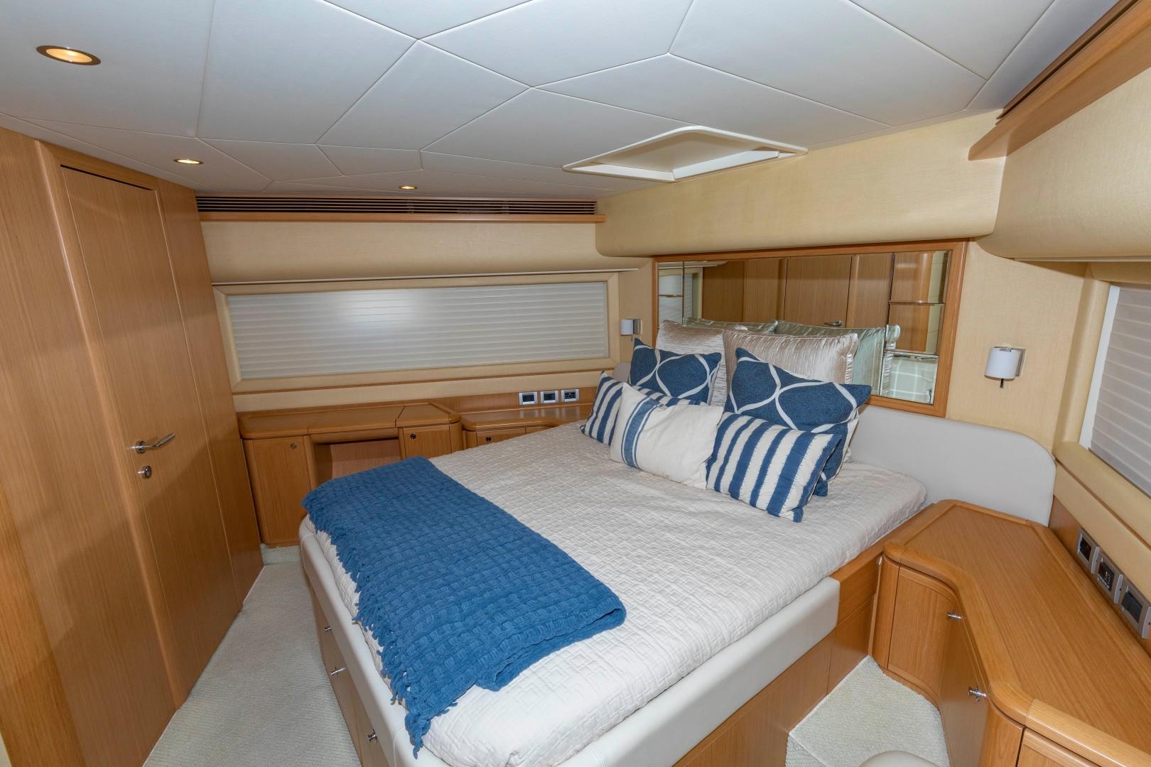 Ferretti Yachts-830HT 2010-MI RX Fort Lauderdale-Florida-United States-VIP Stateroom-1644653 | Thumbnail
