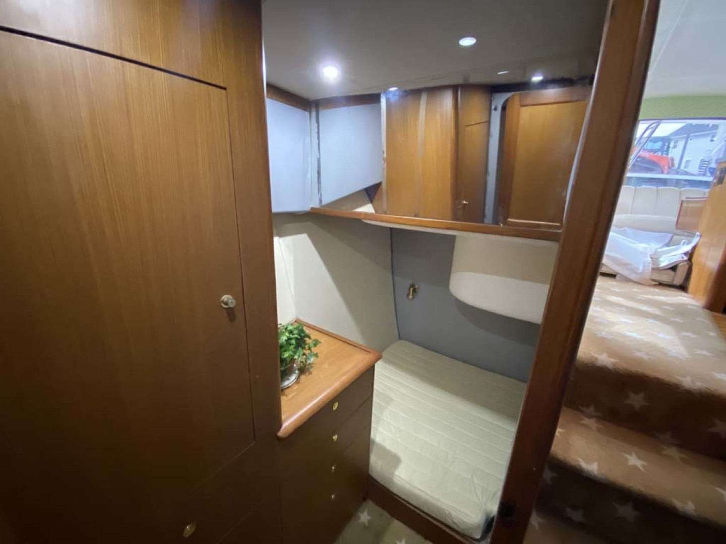 Ocean Yachts-Super Sport 1998-Love Boat Cape May-New Jersey-United States-Down Companionway Stairs To Guest Stateroom On The Starboard-1624908 | Thumbnail