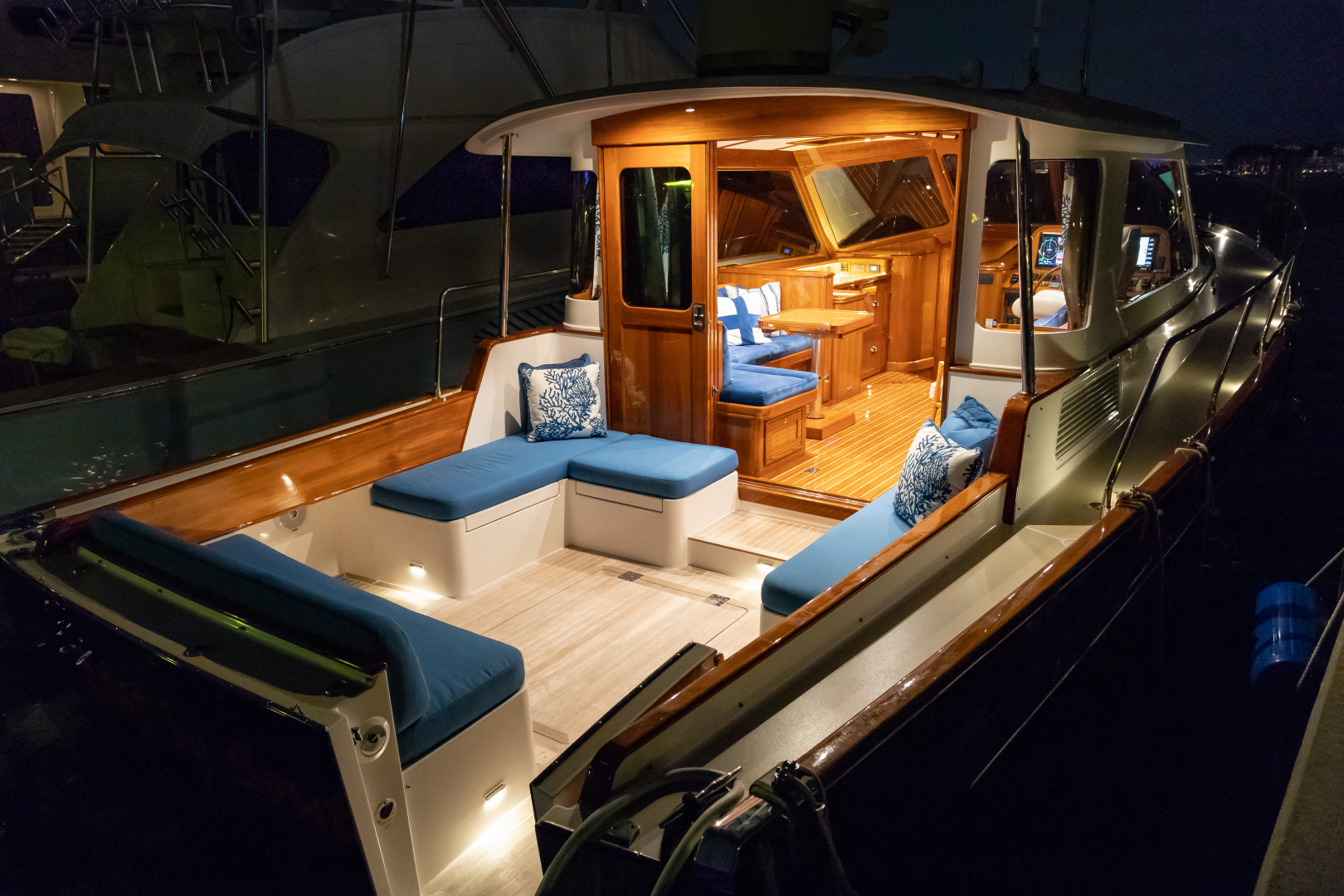 Bruckmann-Abaco 47 2020-EAST BY SOUTH West Palm Beach-Florida-United States-Aft Deck And Salon-1623828 | Thumbnail