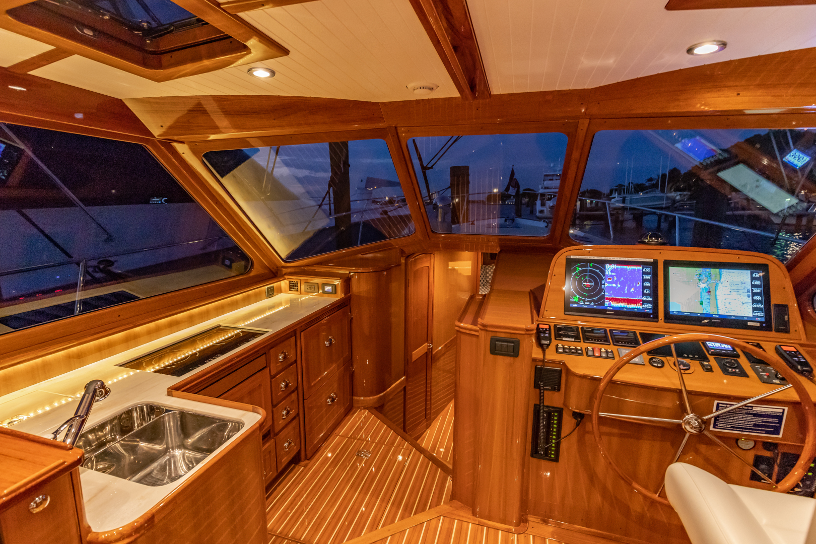 Bruckmann-Abaco 47 2020-EAST BY SOUTH West Palm Beach-Florida-United States-Helm And Galley-1623817 | Thumbnail