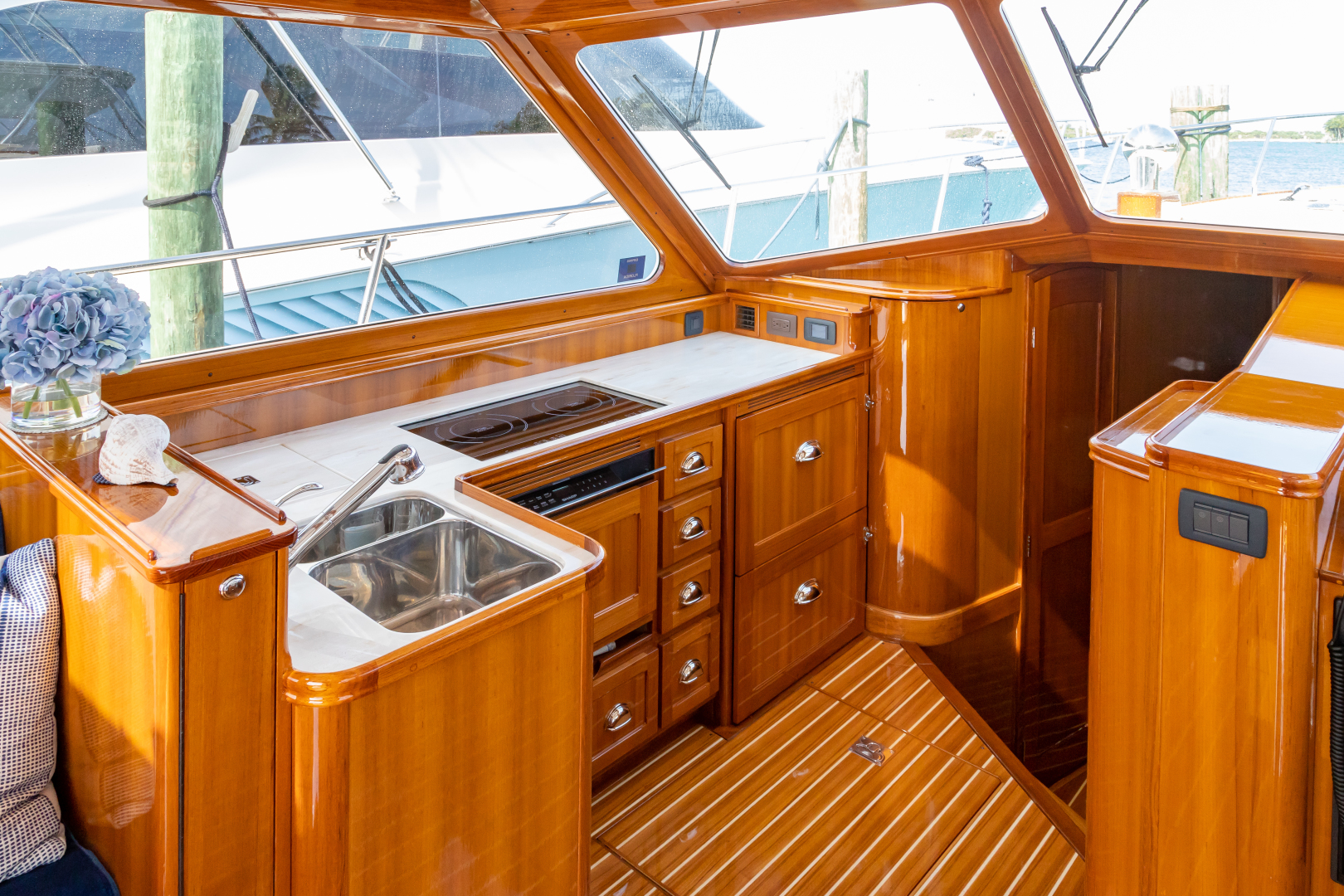 Bruckmann-Abaco 47 2020-EAST BY SOUTH West Palm Beach-Florida-United States-Galley-1623818 | Thumbnail