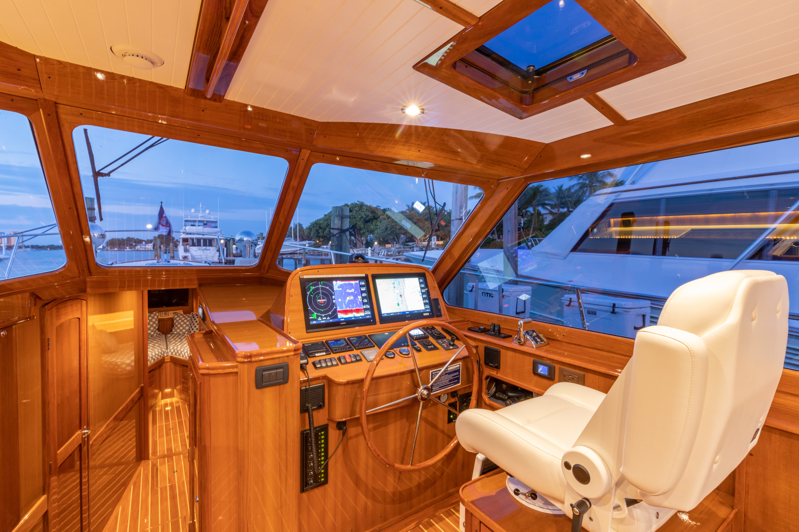 Bruckmann-Abaco 47 2020-EAST BY SOUTH West Palm Beach-Florida-United States-Helm-1623814 | Thumbnail