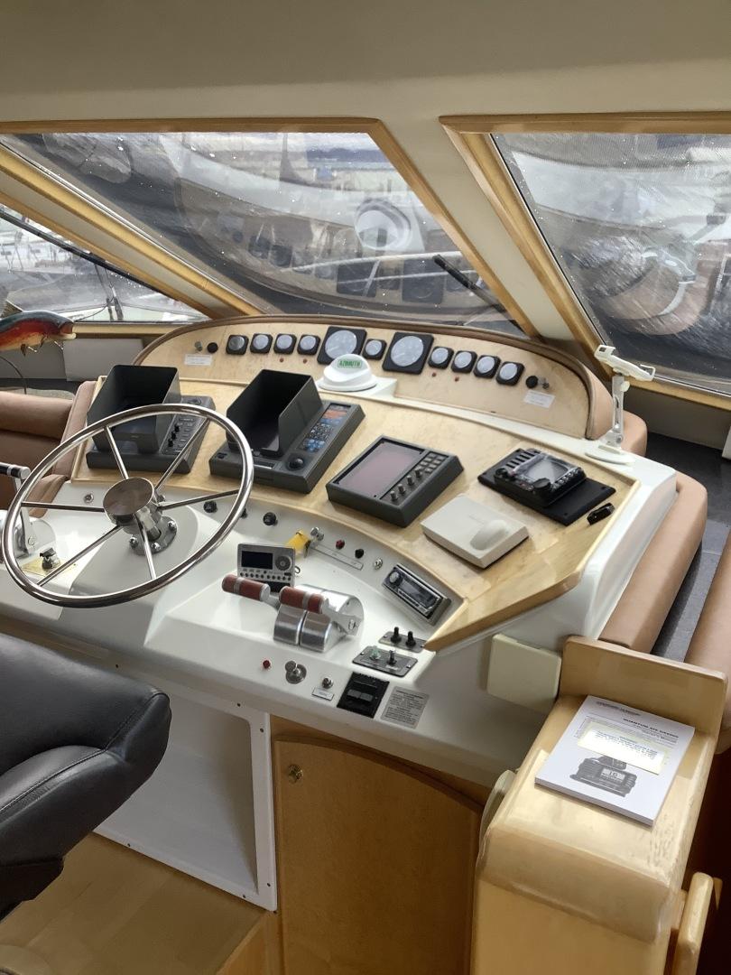 Navigator-5800 1999-New Path Anacortes-Washington-United States-Pilothouse-1623793   Thumbnail