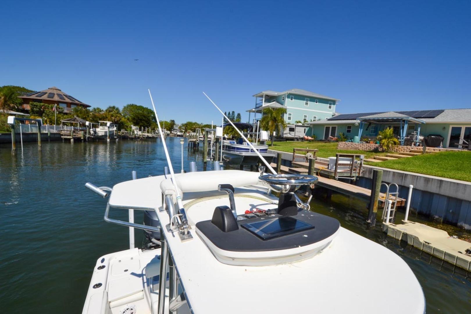 Contender-25 Bay 2015 -St Petersburg-Florida-United States-1627436   Thumbnail