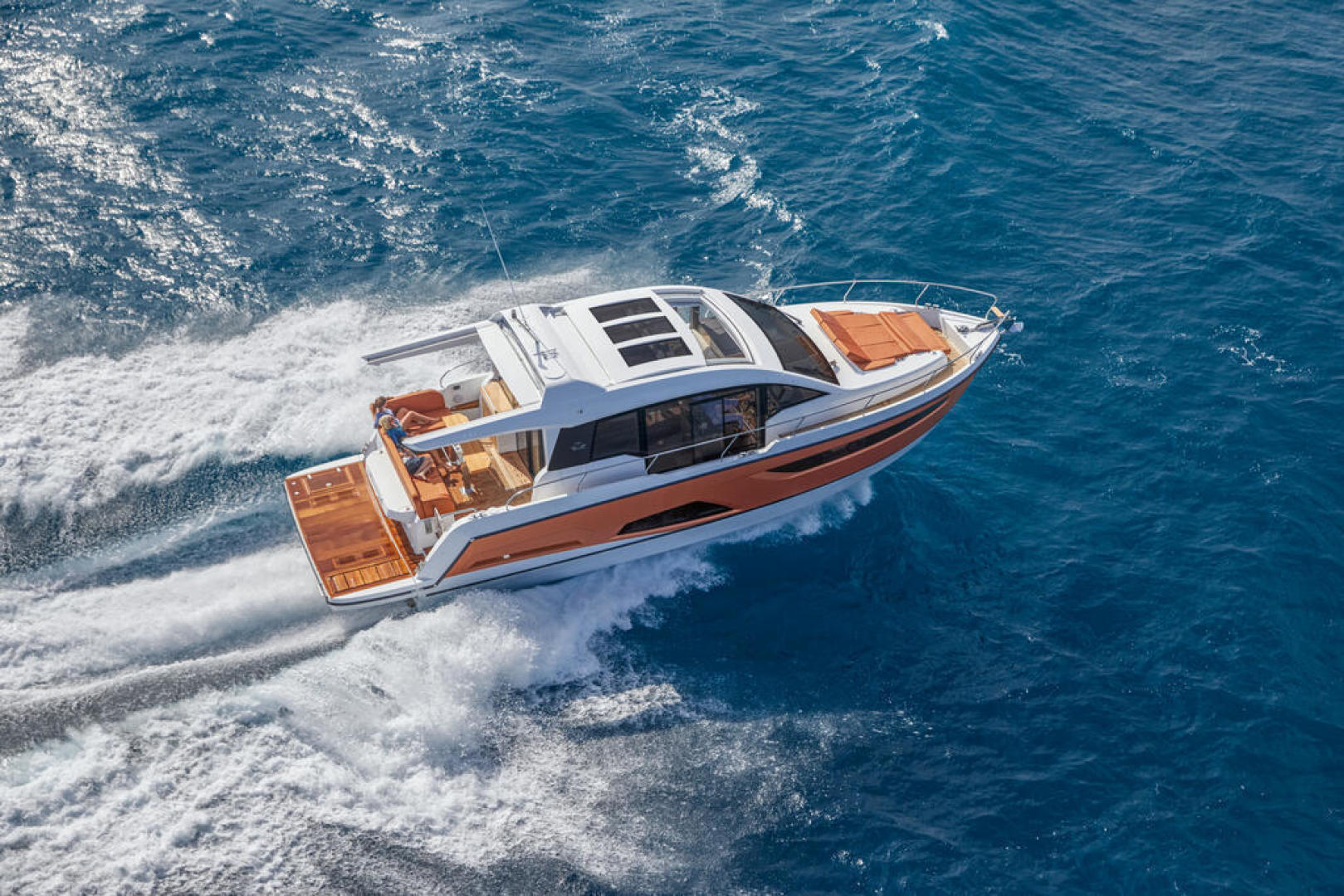 Picture Of a 2022 Sealine 44 C430 Motor Yachts   1628312