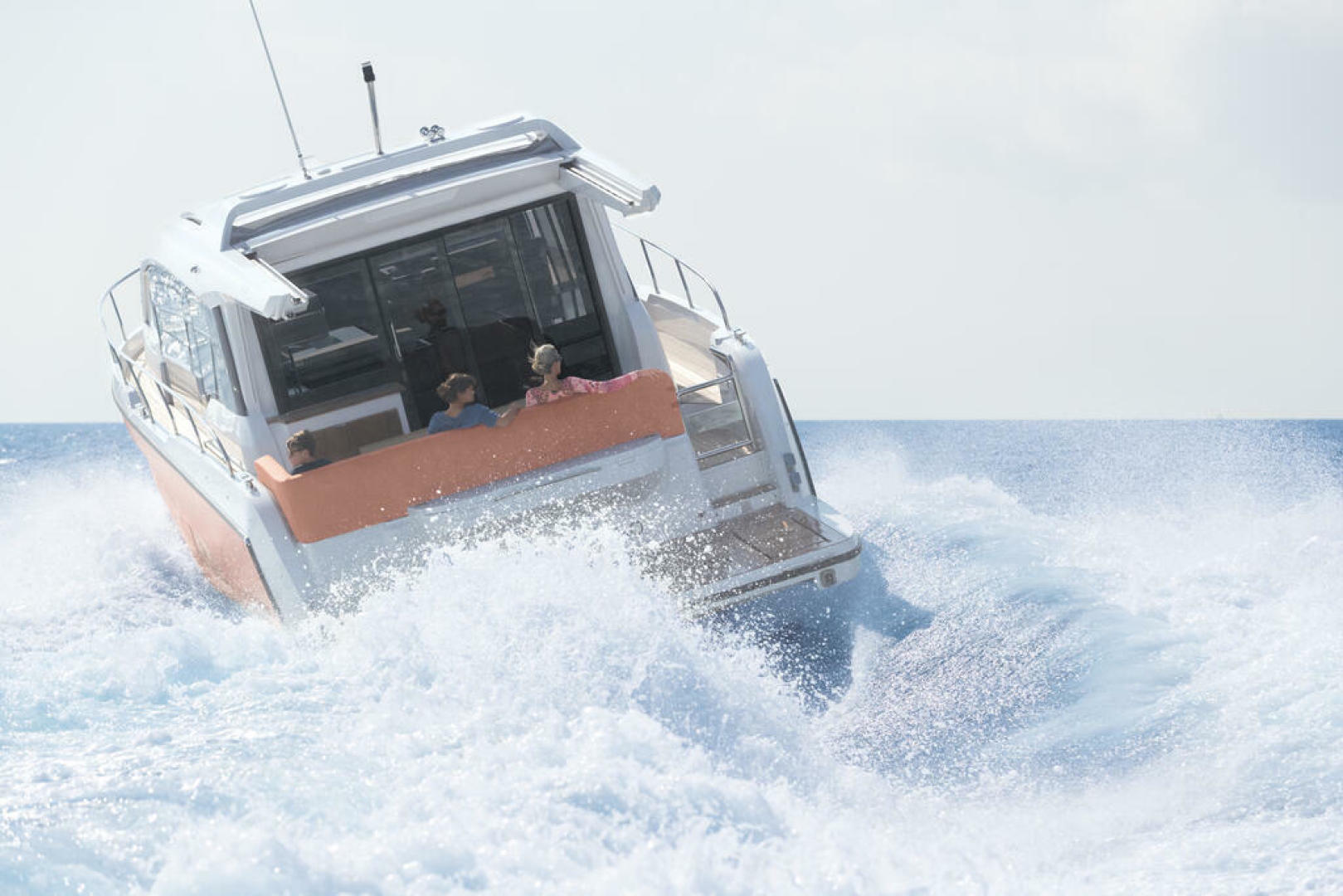 Picture Of a 2022 Sealine 44 C430 Motor Yachts   1628313