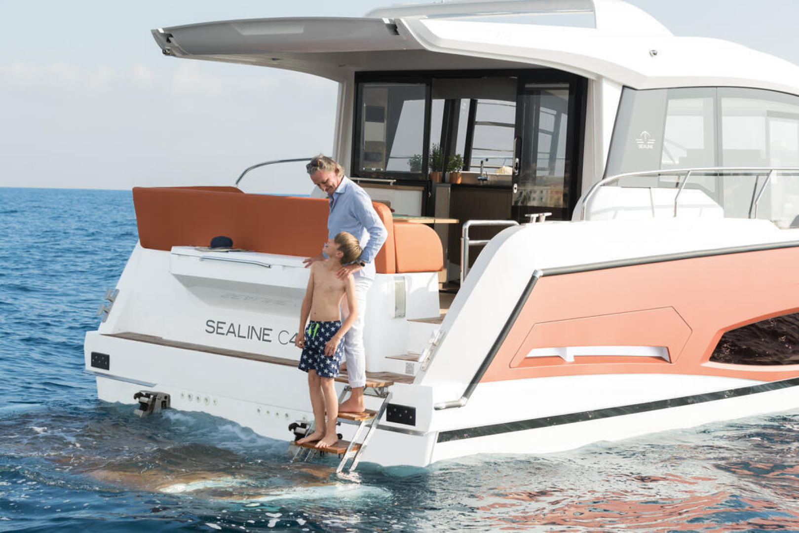 Picture Of a 2022 Sealine 44 C430 Motor Yachts   1628322