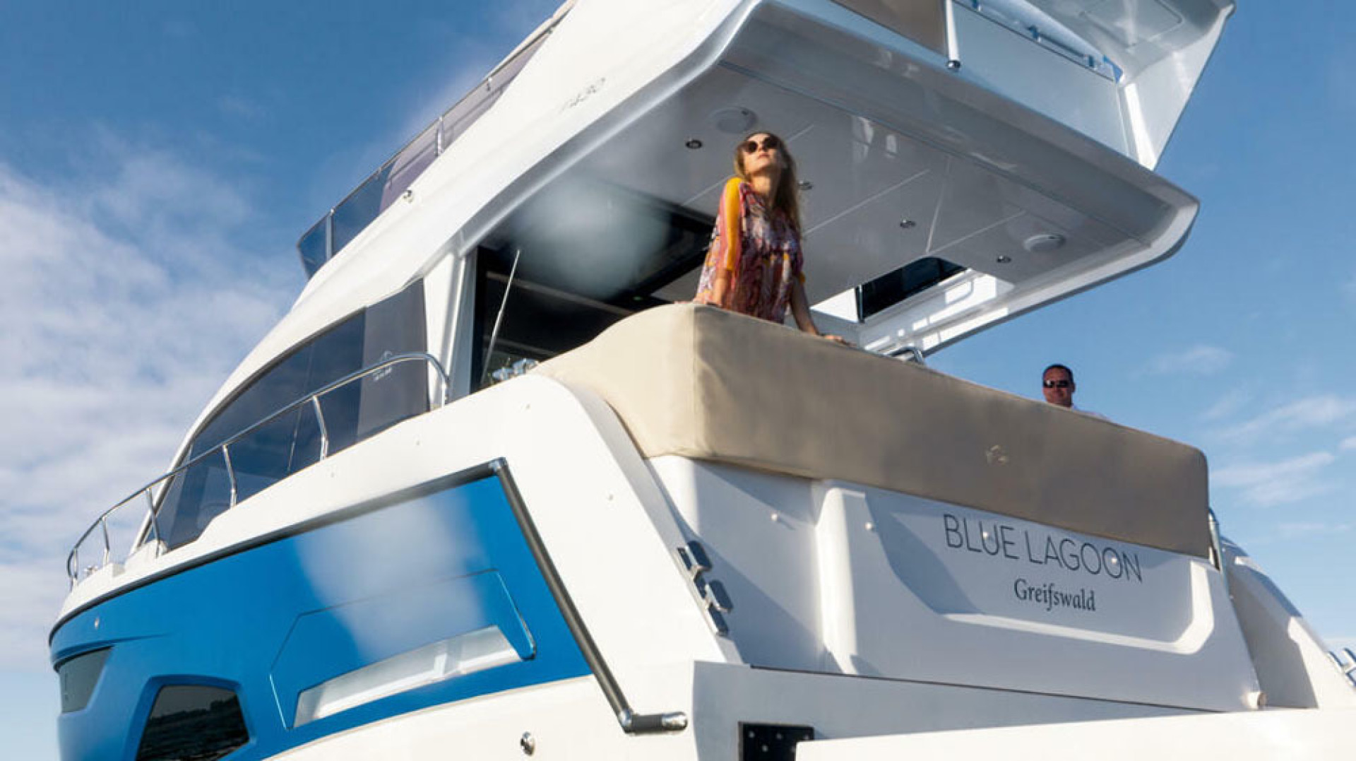 Picture Of a 2022 Sealine 45 F430 Motor Yachts | 1628559