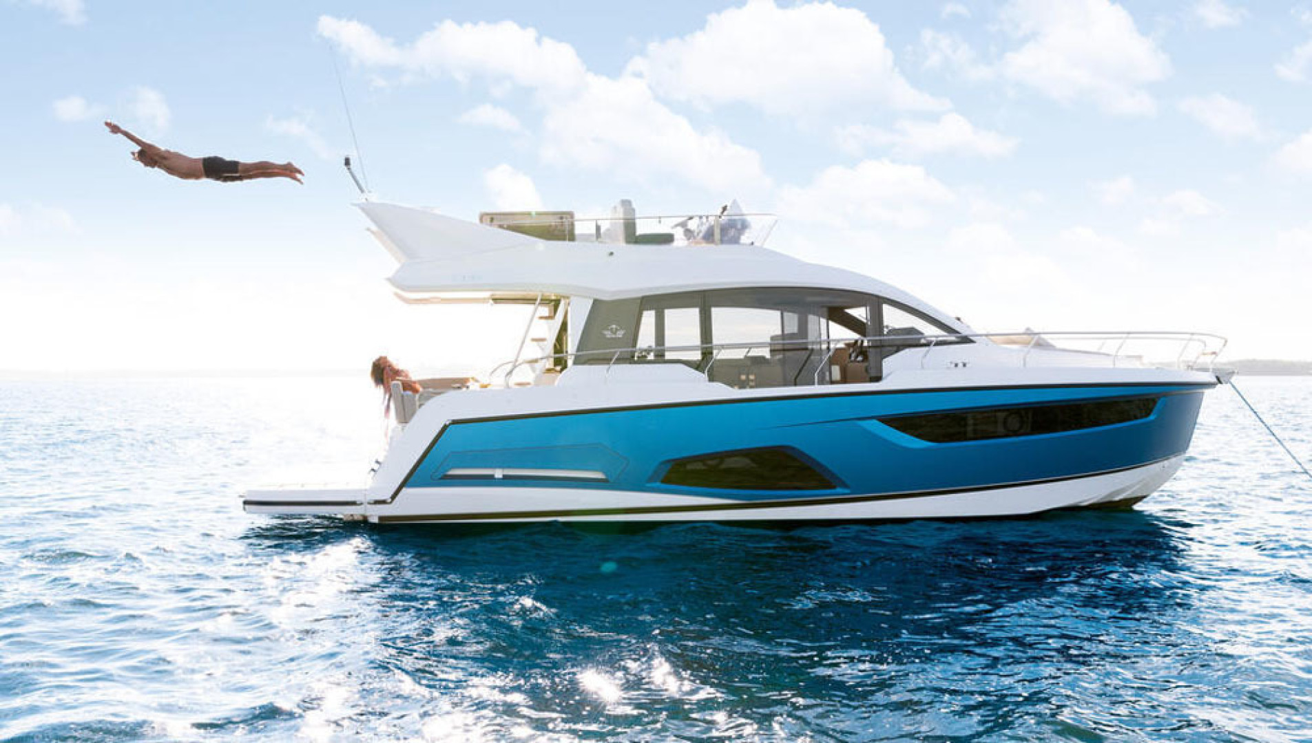 Picture Of a 2022 Sealine 45 F430 Motor Yachts | 1628558