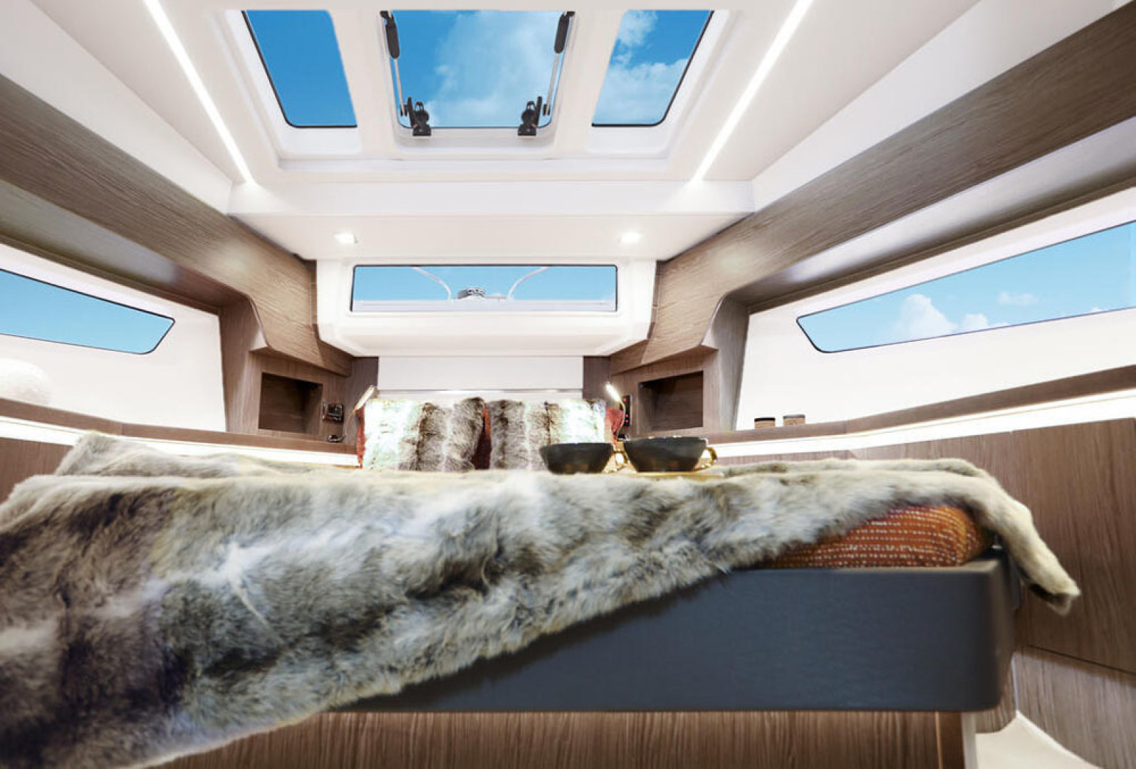 Picture Of a 2022 Sealine 45 F430 Motor Yachts | 1628538