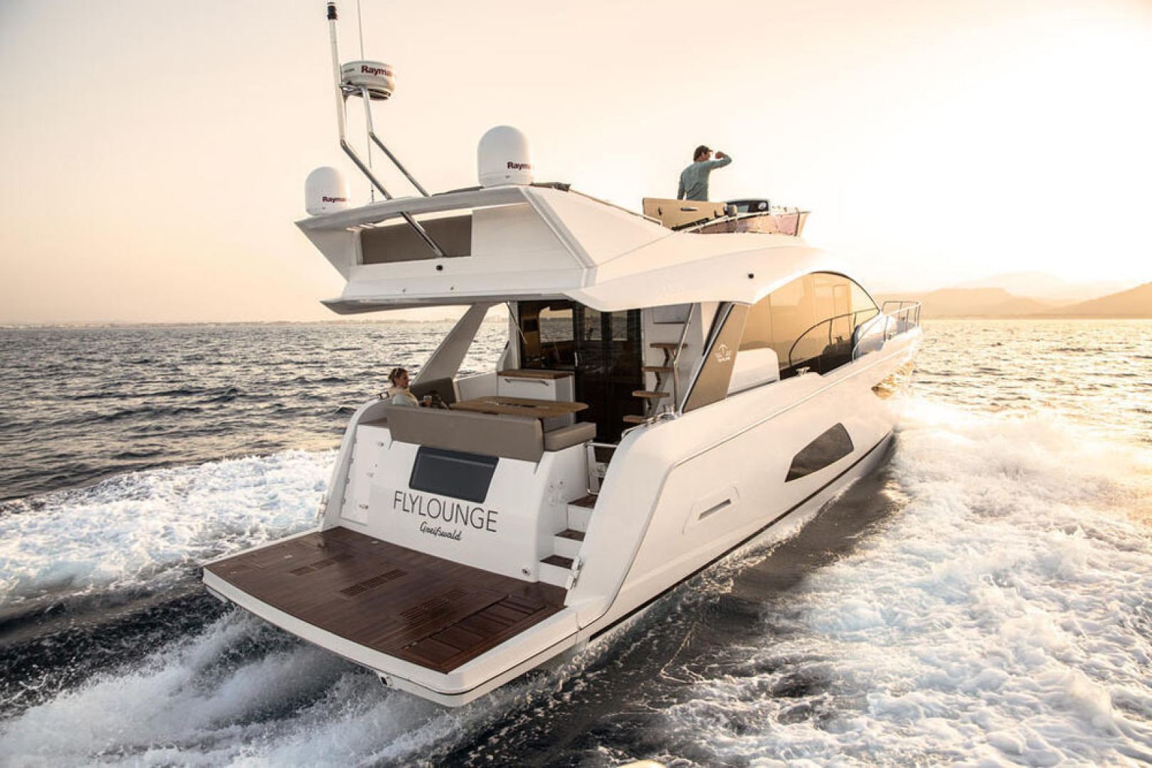 Picture Of a 2022 Sealine 53 F530 Motor Yachts   1628605