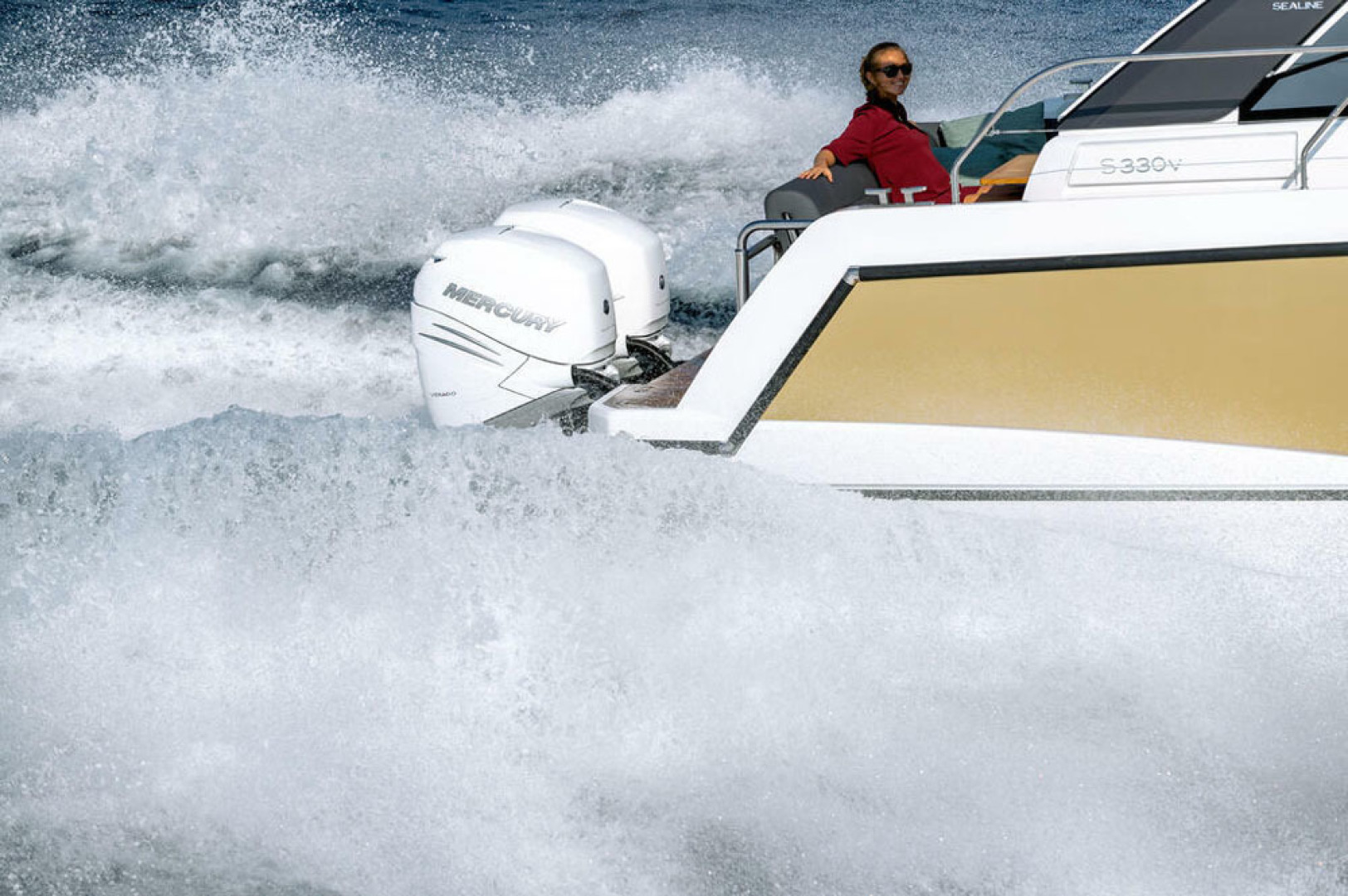 Picture Of a 2022 Sealine 33 S330v Motor Yachts | 1628657