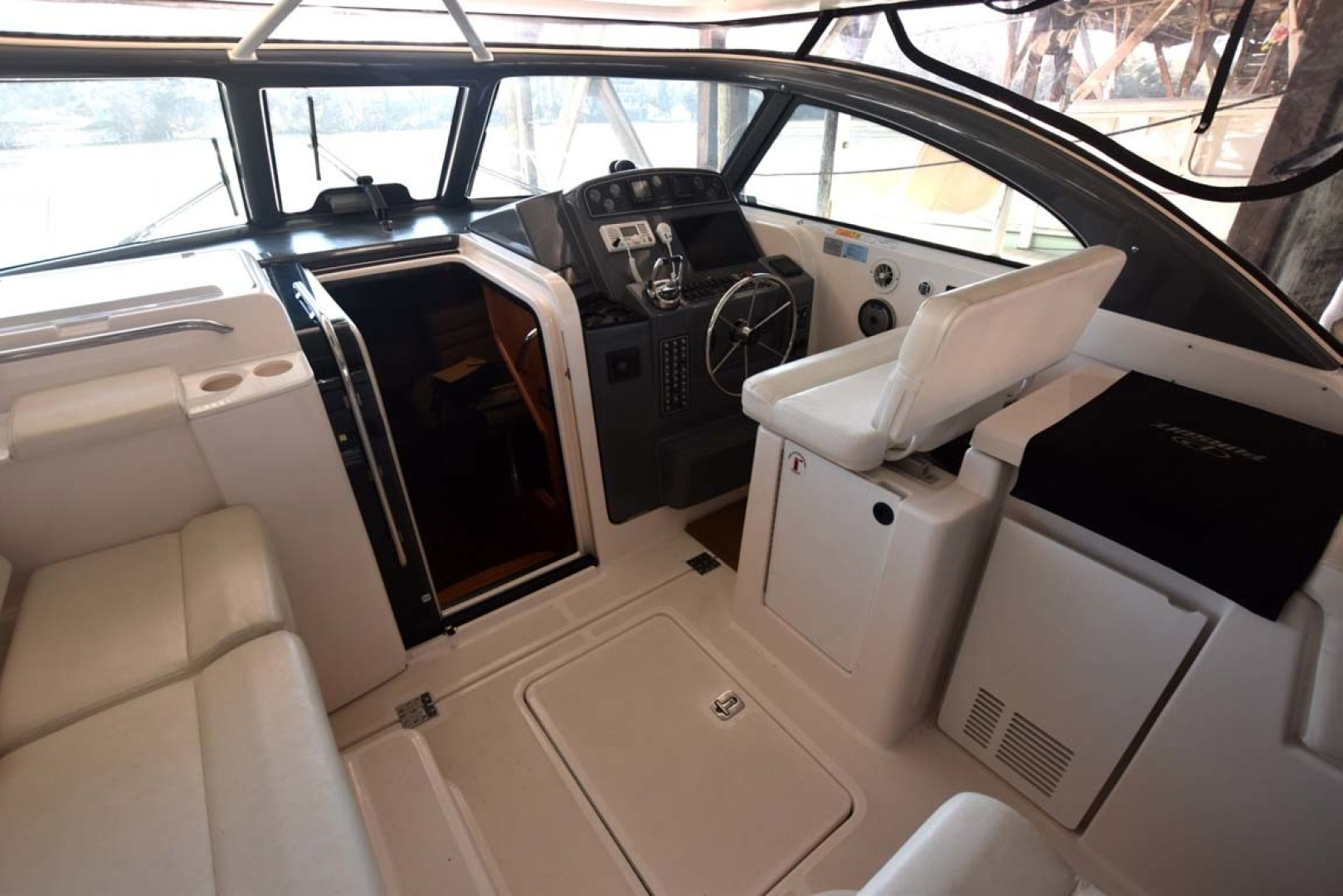 Pursuit-3800 Express 2004-Emeritus Severna Park-Maryland-United States-Helm Area, Cabin Entry-1629120 | Thumbnail