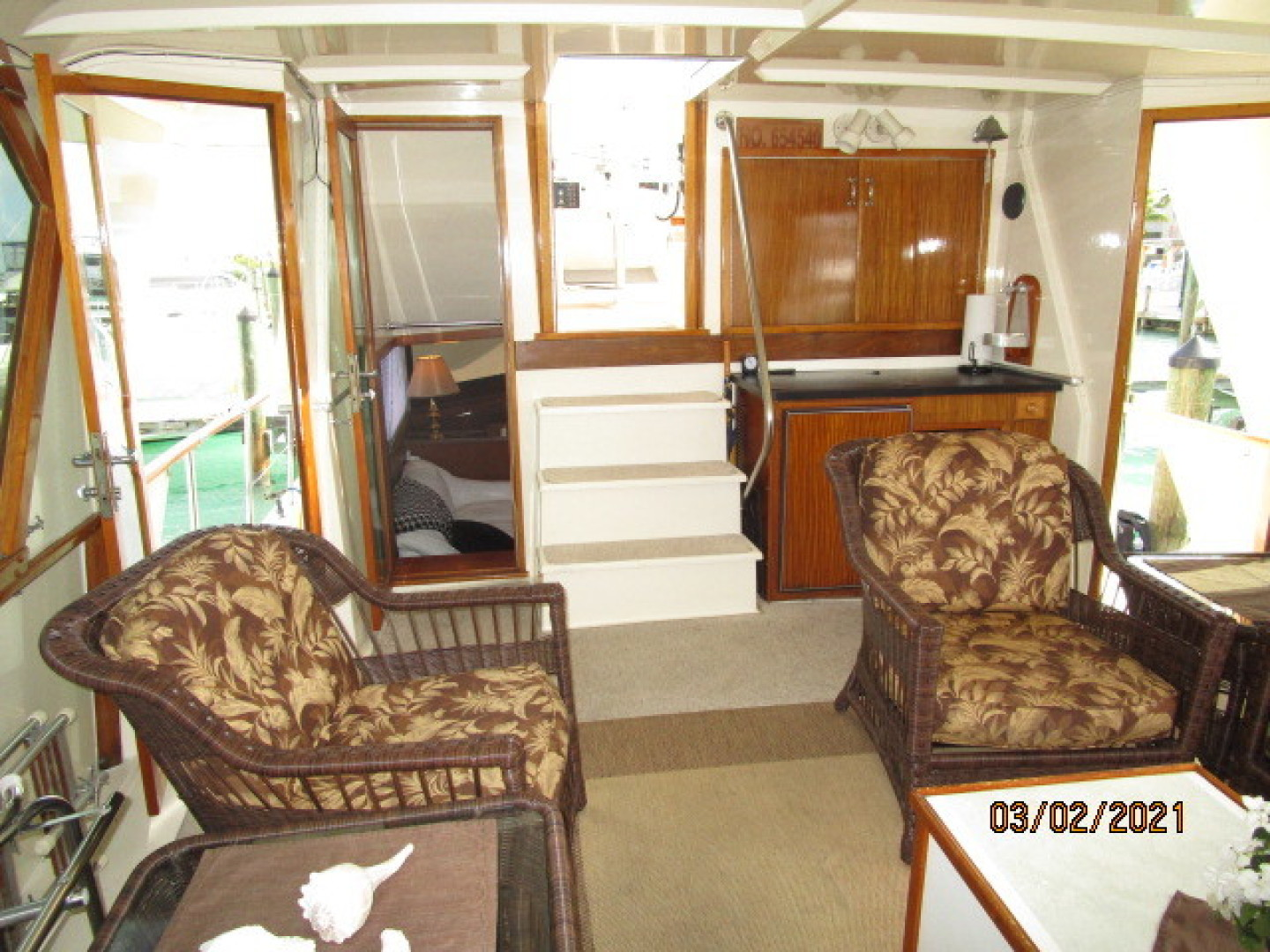 Hatteras-48 1981-Partner Ship Carolina Beach-North Carolina-United States-48 Hatteras sundeck forward-1629322 | Thumbnail