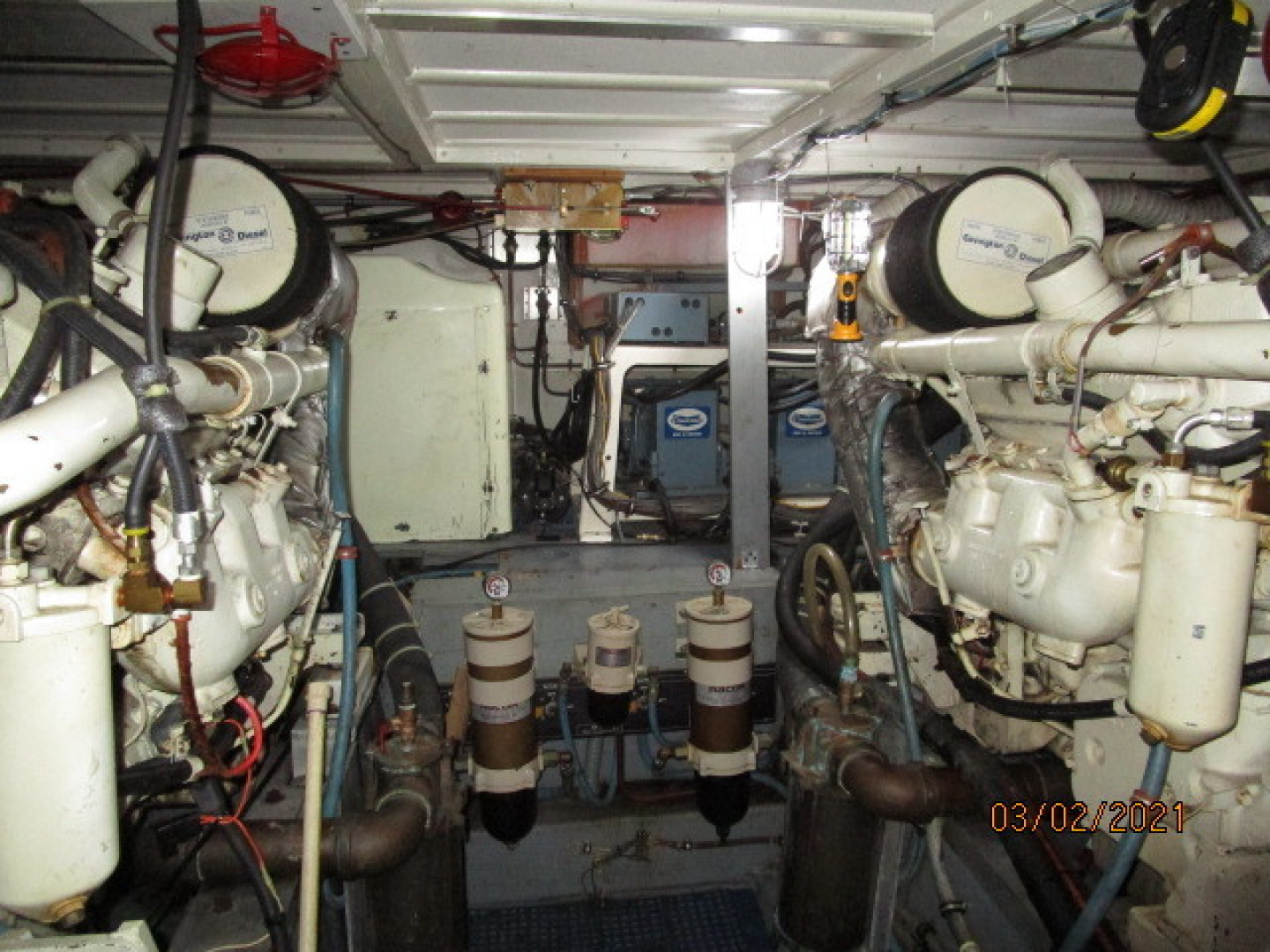 Hatteras-48 1981-Partner Ship Carolina Beach-North Carolina-United States-48 Hatteras engine room-1629269 | Thumbnail