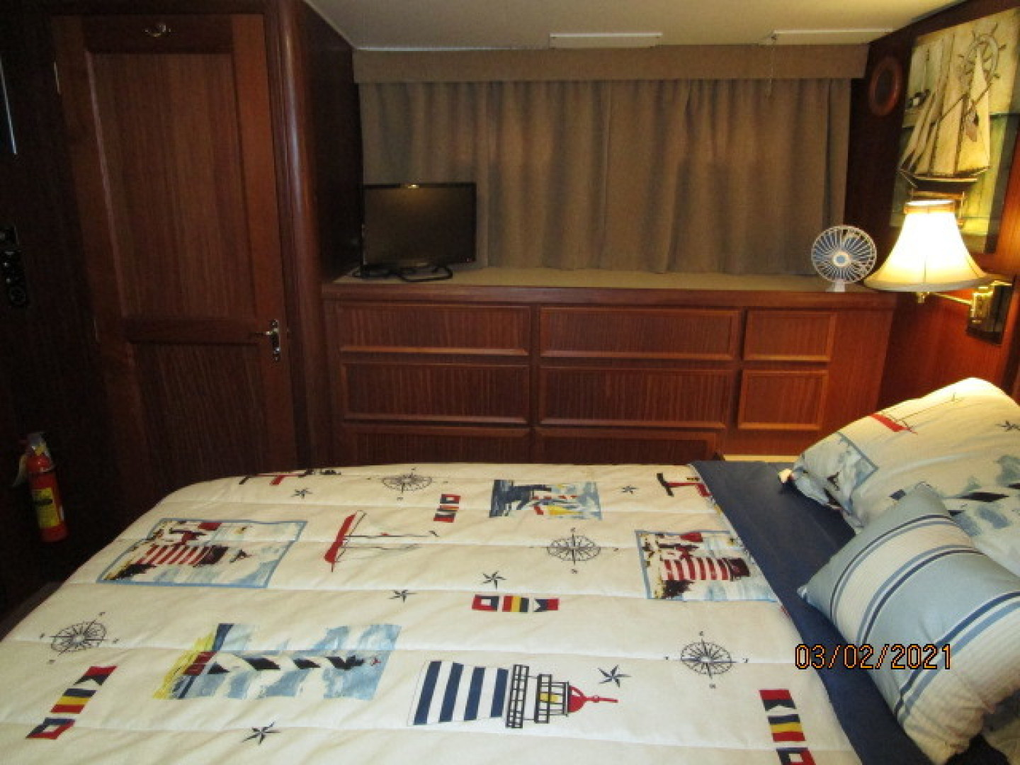 Hatteras-48 1981-Partner Ship Carolina Beach-North Carolina-United States-48 Hatteras master stateroom starboard-1629295 | Thumbnail