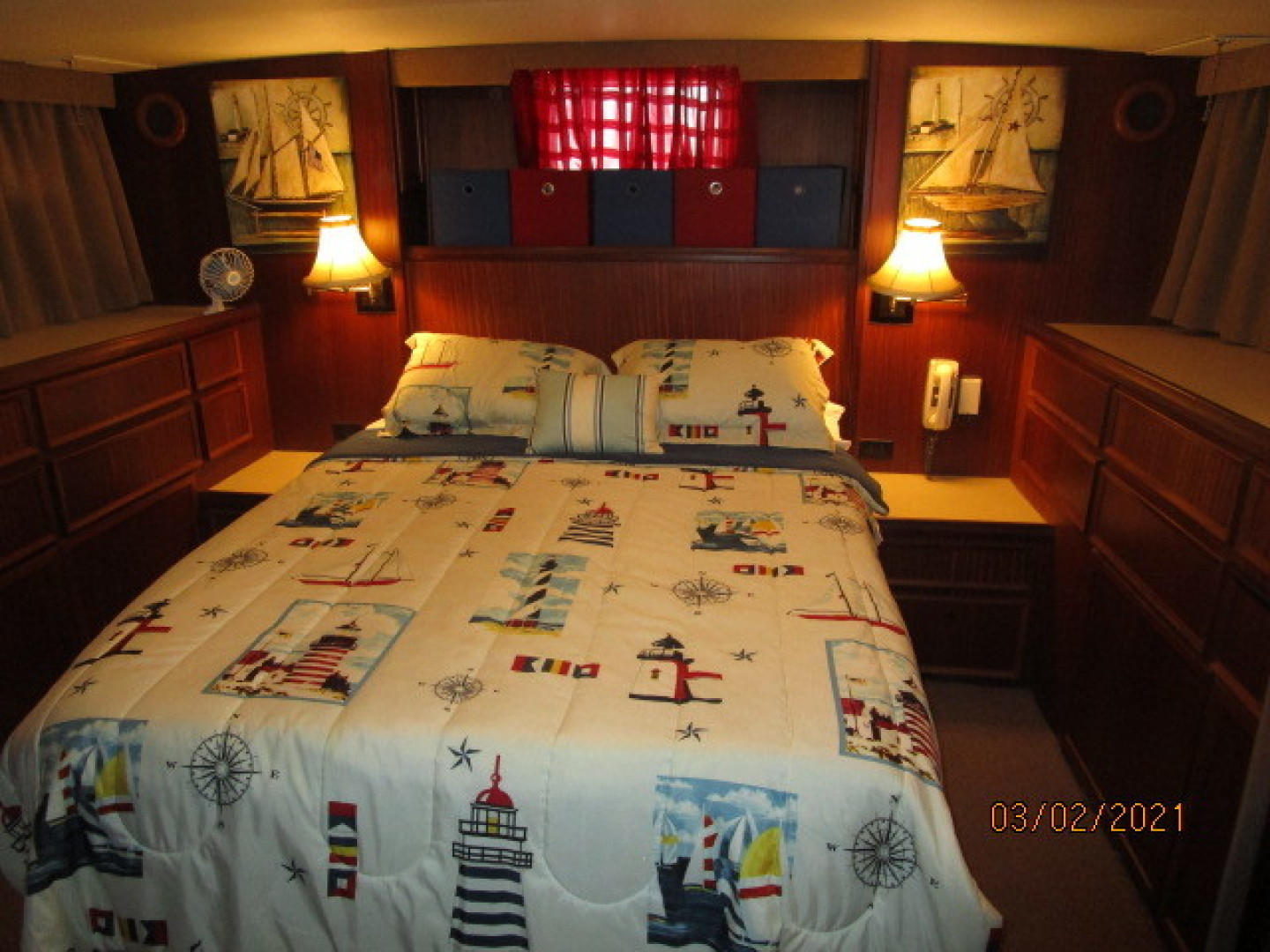 Hatteras-48 1981-Partner Ship Carolina Beach-North Carolina-United States-48 Hatteras master stateroom-1629291 | Thumbnail