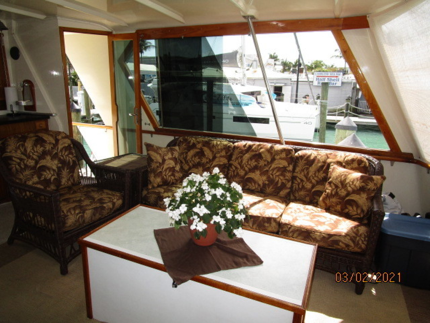 Hatteras-48 1981-Partner Ship Carolina Beach-North Carolina-United States-48 Hatteras sundeck starboard-1629326 | Thumbnail
