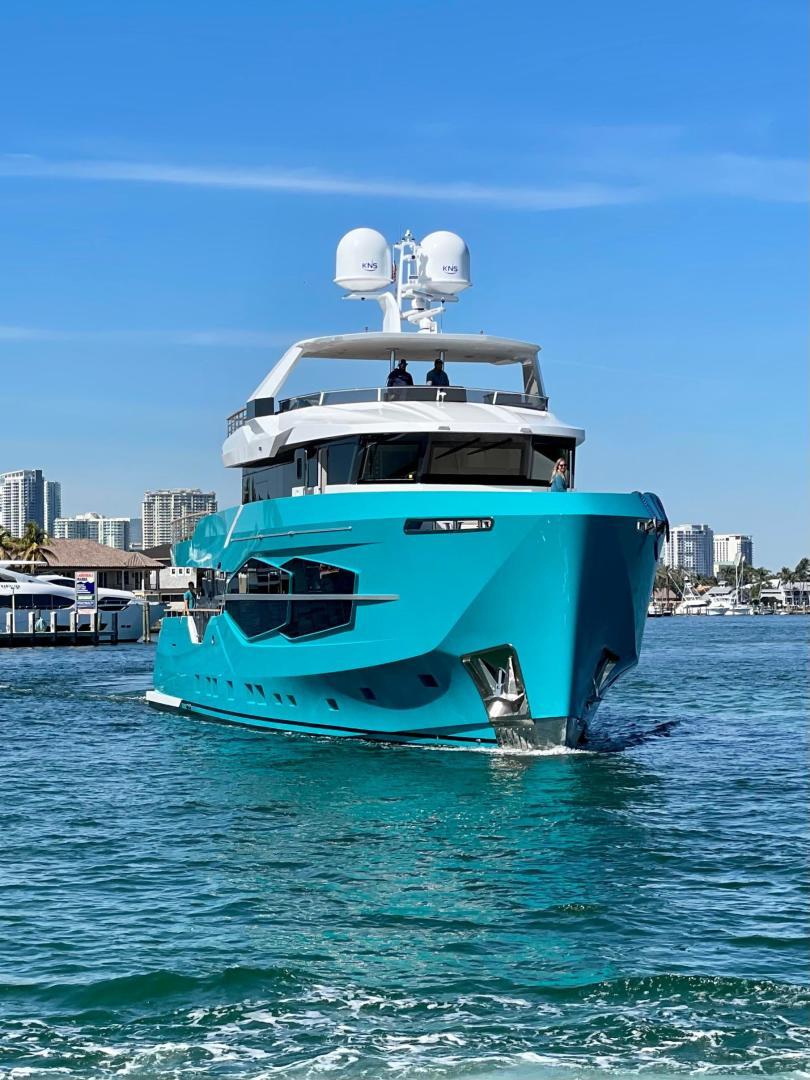 Numarine-32XP 2020-7 Diamonds Fort Lauderdale-Florida-United States-1629342 | Thumbnail