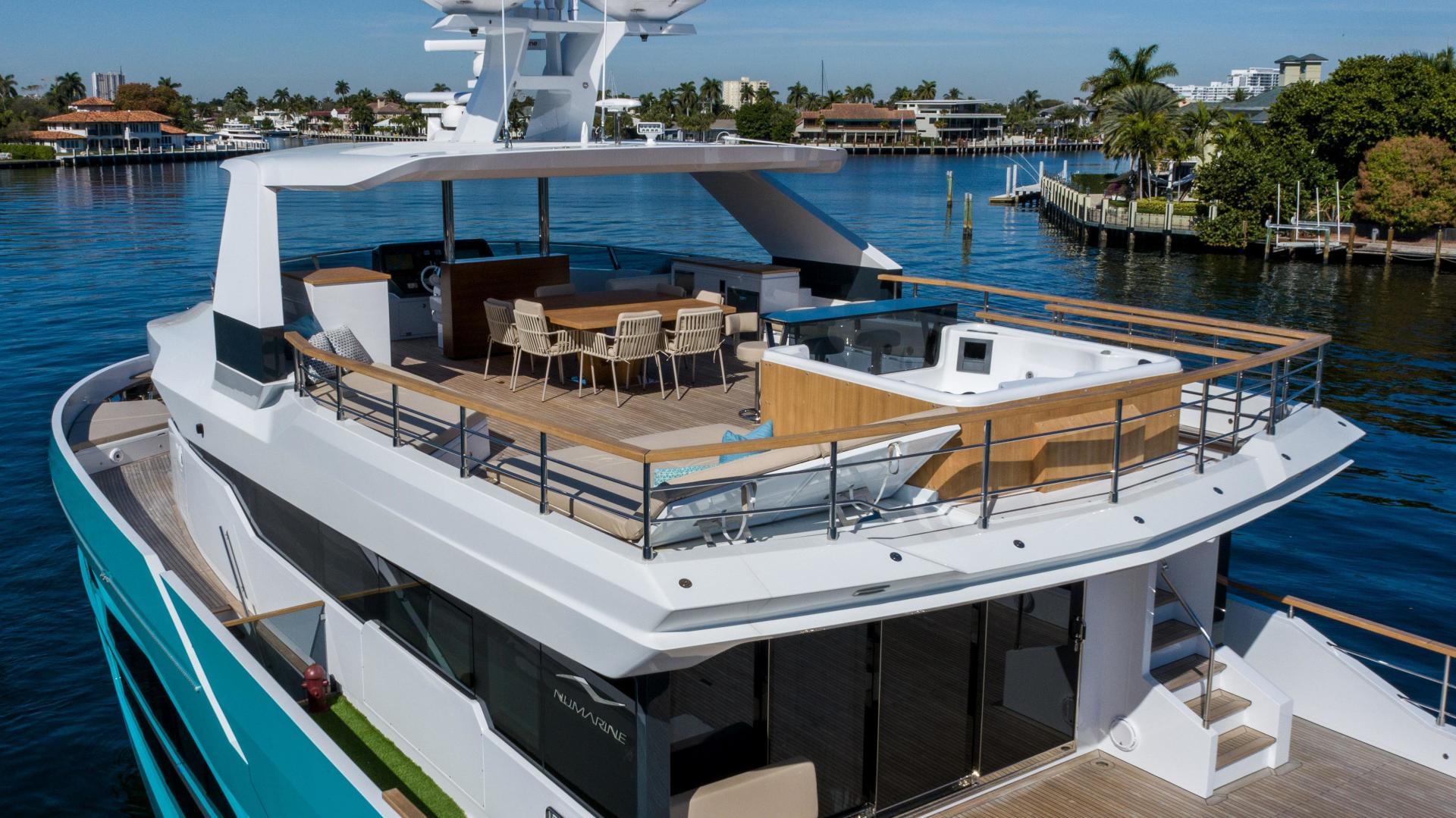 Numarine-32XP 2020-7 Diamonds Fort Lauderdale-Florida-United States-1629338 | Thumbnail