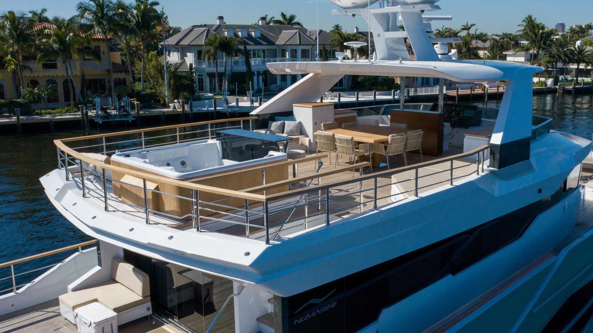 Numarine-32XP 2020-7 Diamonds Fort Lauderdale-Florida-United States-1629340 | Thumbnail