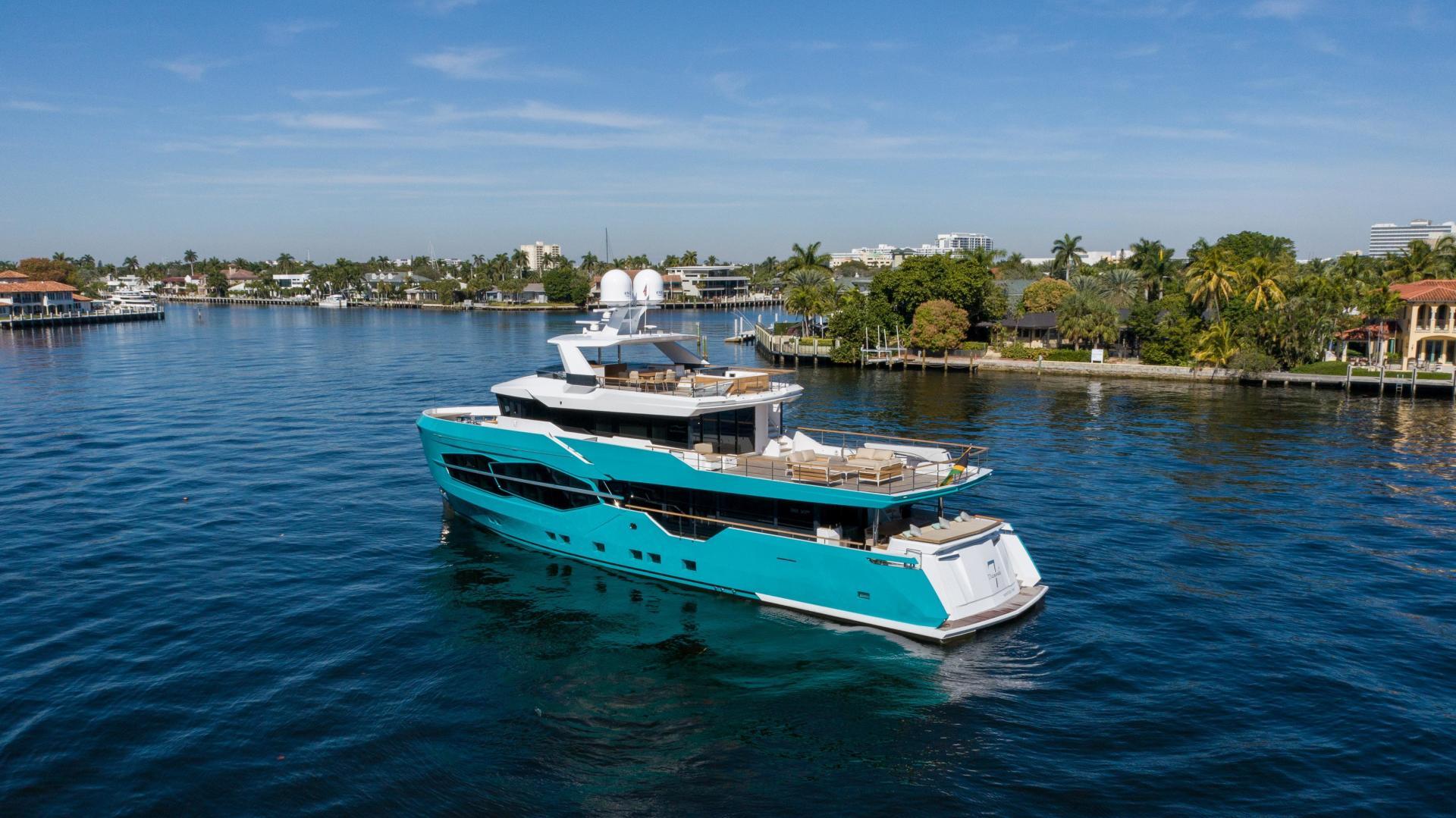 Numarine-32XP 2020-7 Diamonds Fort Lauderdale-Florida-United States-1629345 | Thumbnail