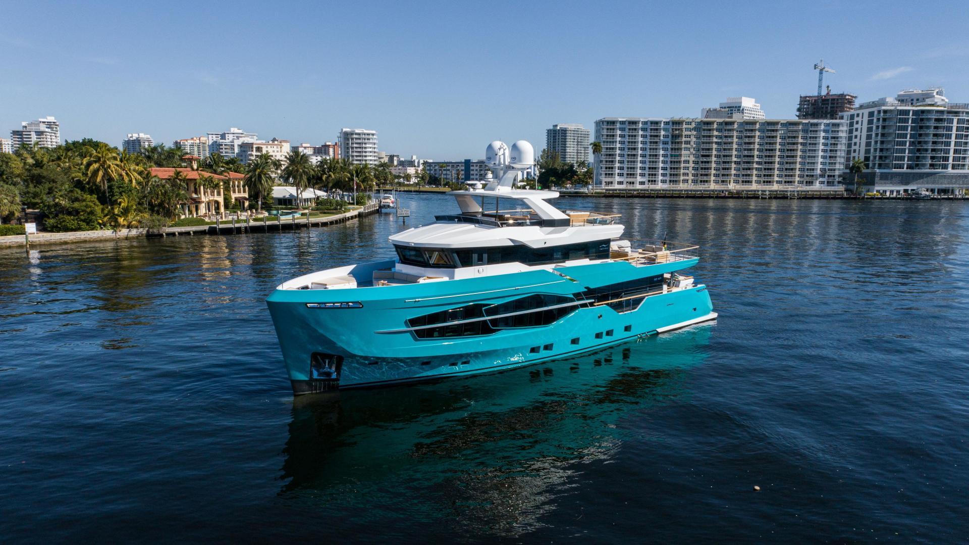 Numarine-32XP 2020-7 Diamonds Fort Lauderdale-Florida-United States-1629335 | Thumbnail