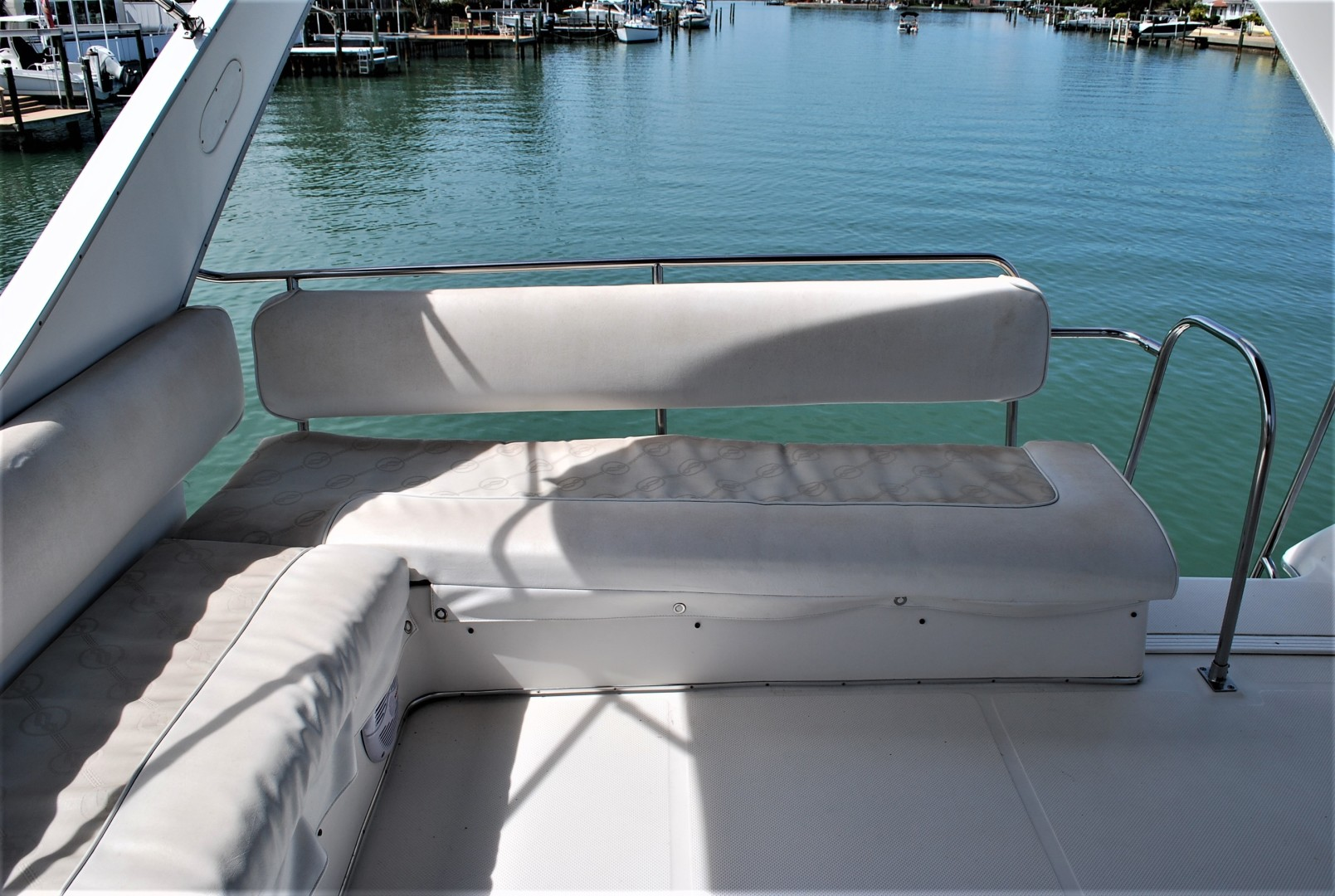 Bayliner-3988 Command Bridge 1996 -St Petersburg-Florida-United States-1629659 | Thumbnail