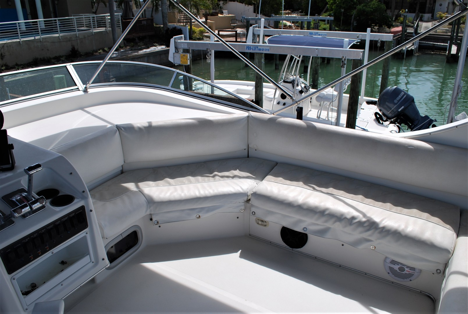 Bayliner-3988 Command Bridge 1996 -St Petersburg-Florida-United States-1629661 | Thumbnail