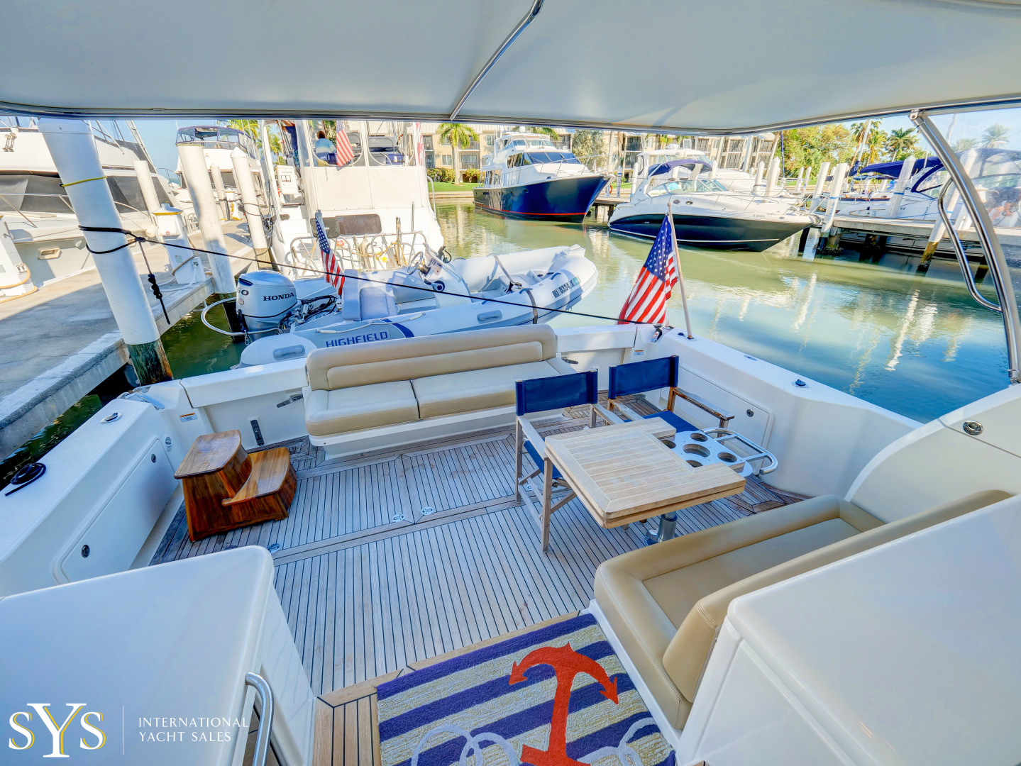 Riviera-Flybridge 2016-Firefly Captiva-Florida-United States-1631870 | Thumbnail
