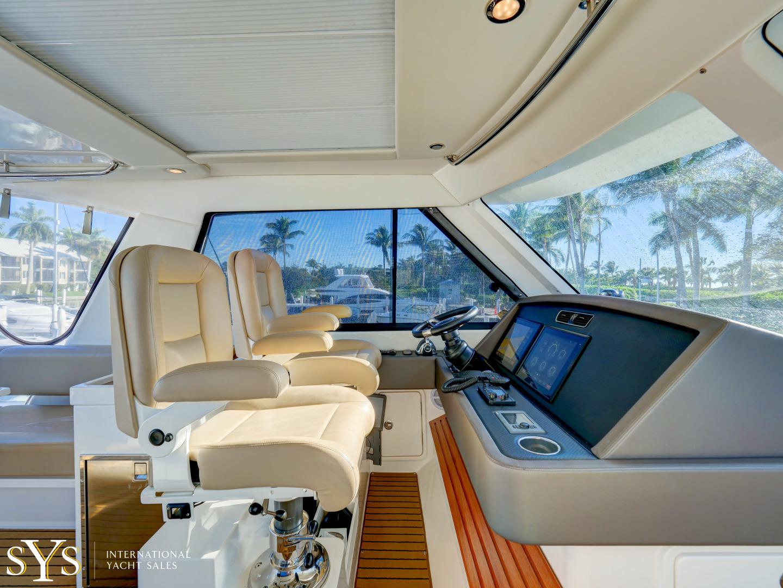 Riviera-Flybridge 2016-Firefly Captiva-Florida-United States-1633659 | Thumbnail